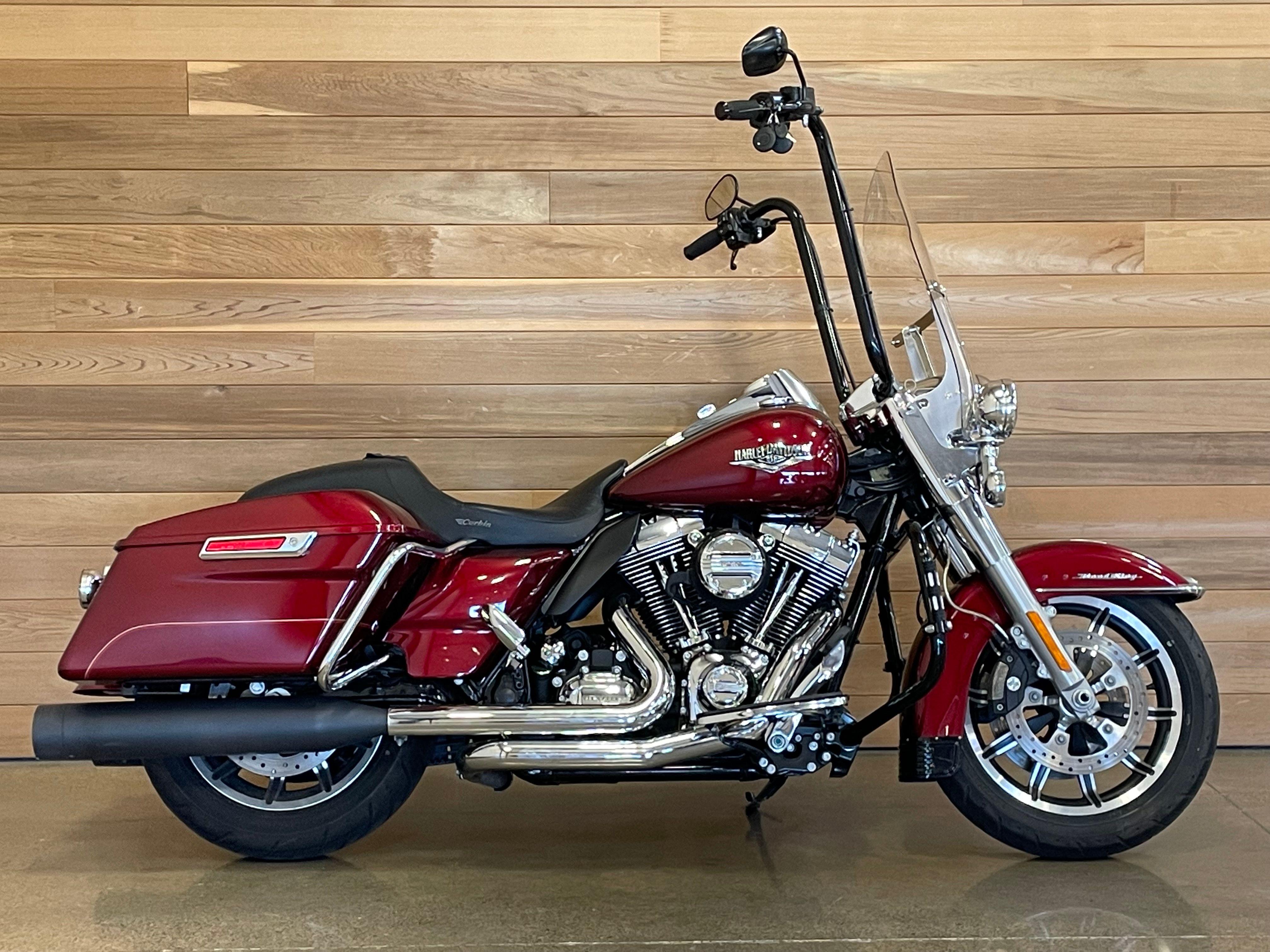 Pre-Owned 2016 Harley-Davidson Road King FLHR