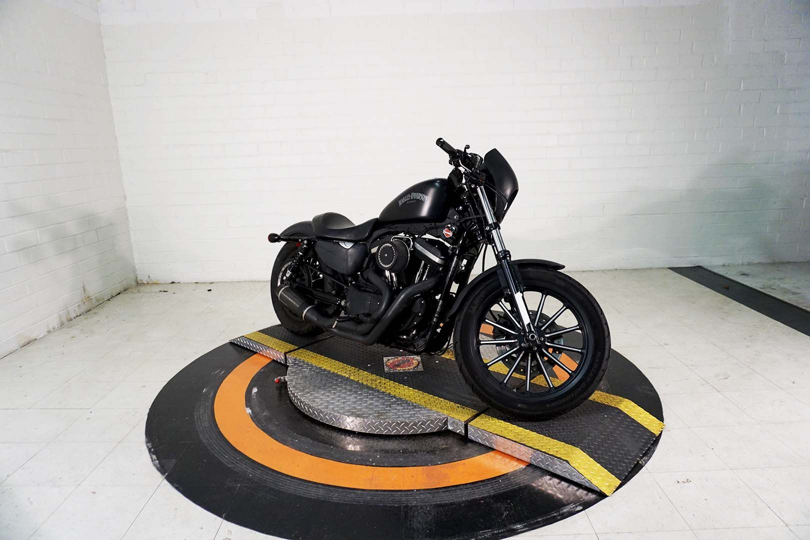 Pre-Owned 2013 Harley-Davidson Iron 883
