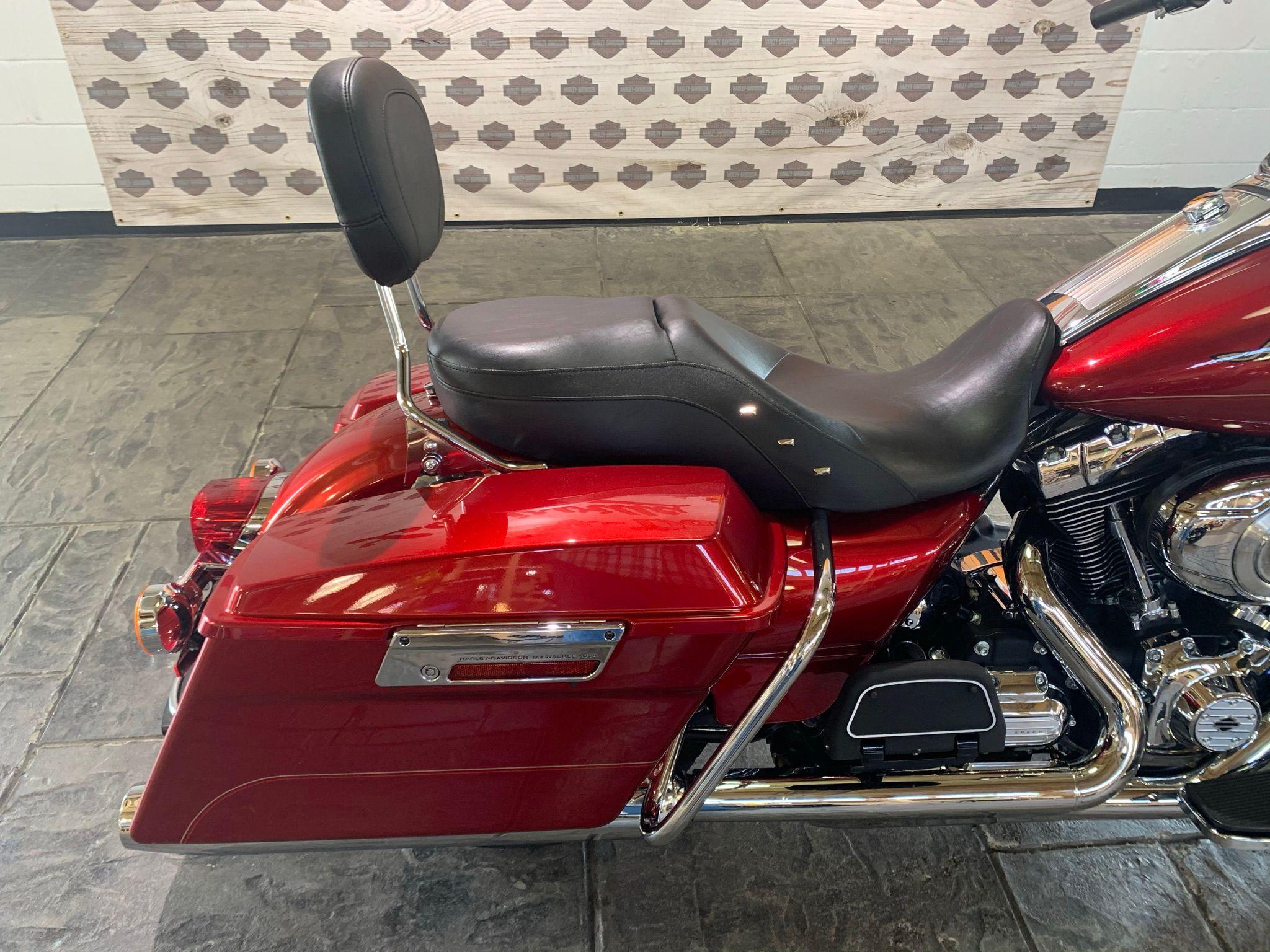 Pre-Owned 2013 Harley-Davidson Road King