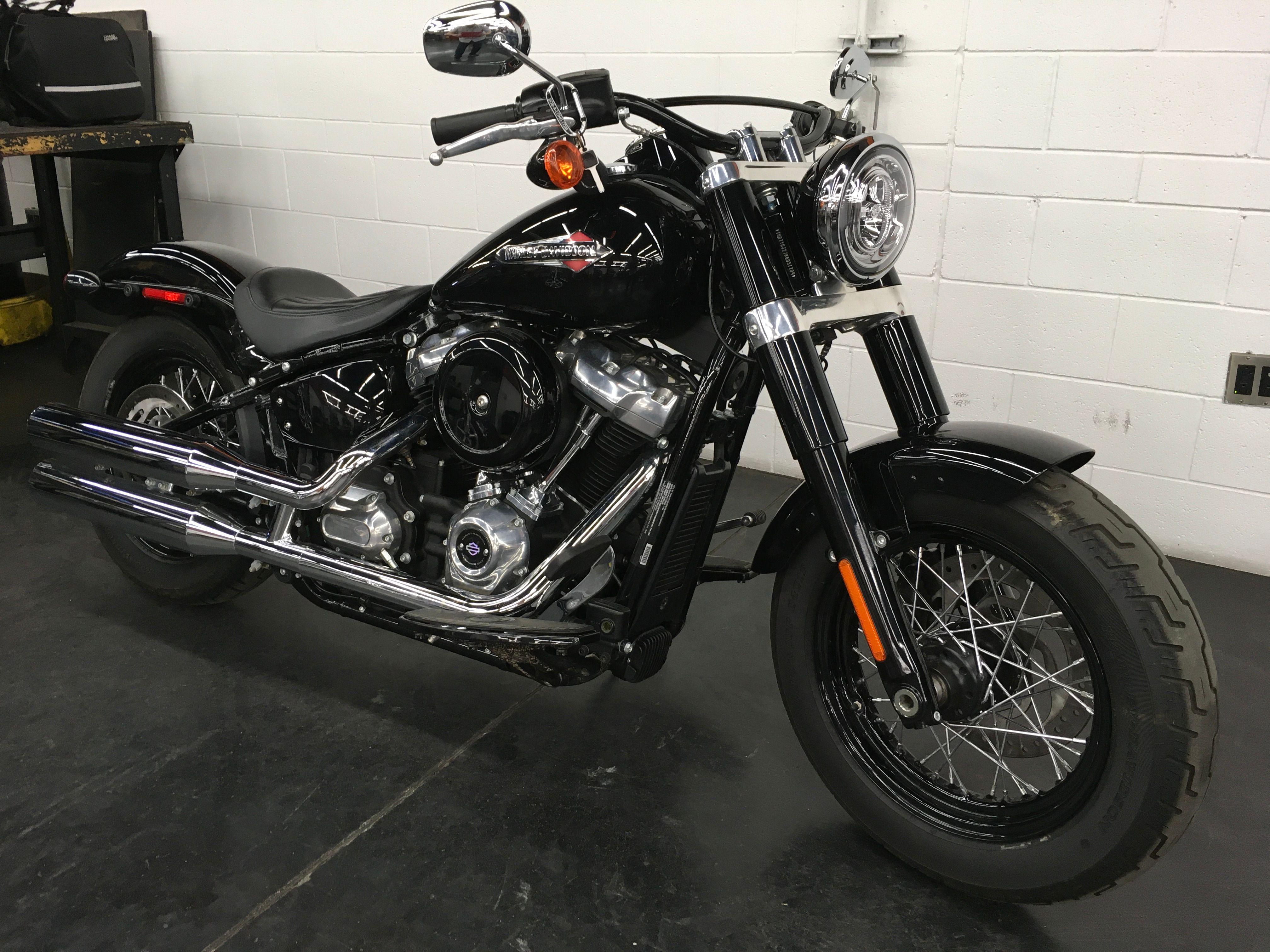 Pre-Owned 2019 Harley-Davidson Slim