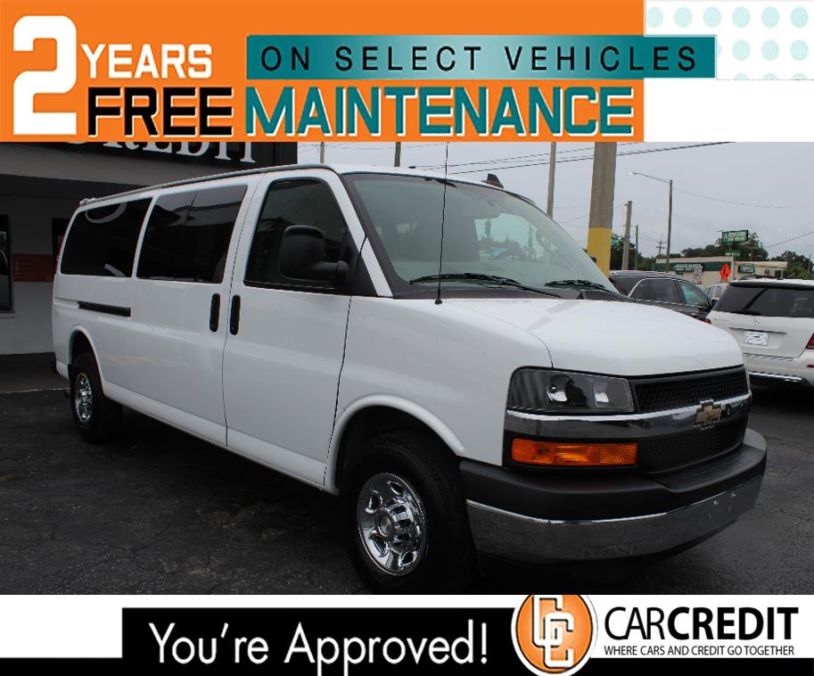 Pre-Owned 2017 Chevrolet Express Passenger LT
