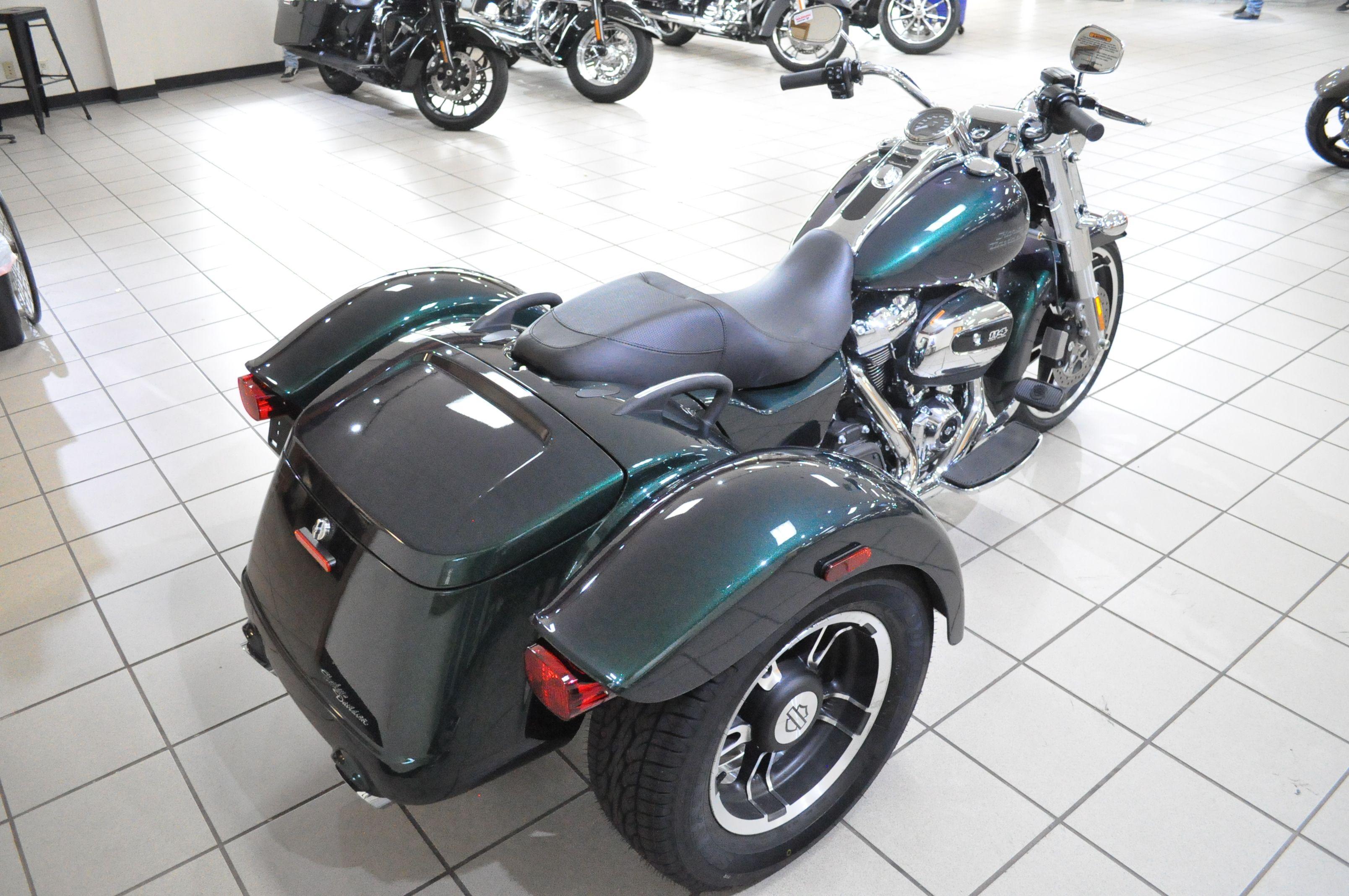 New 2021 Harley-Davidson Freewheeler FLRT