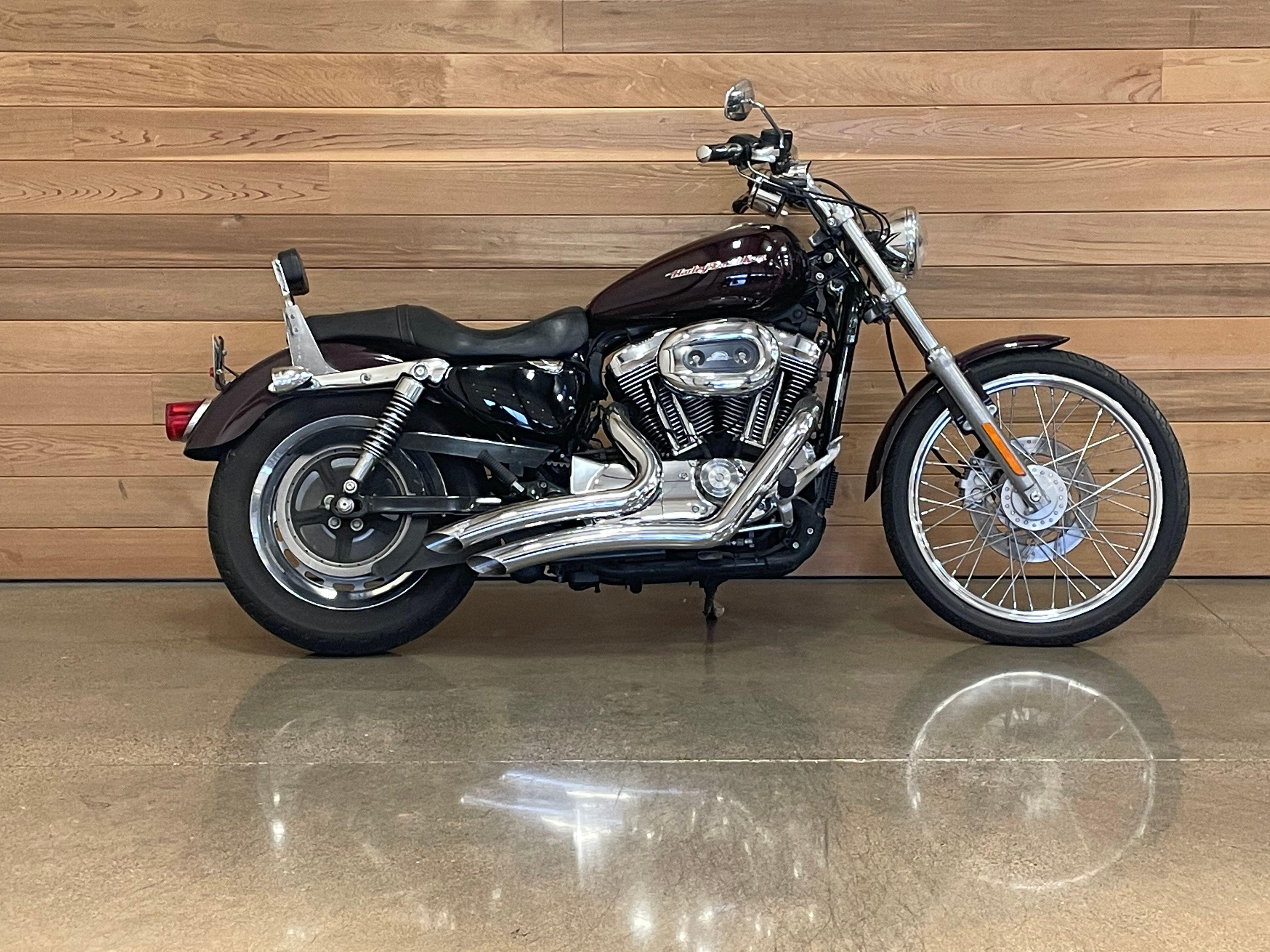 2007 Harley-Davidson 1200 Custom