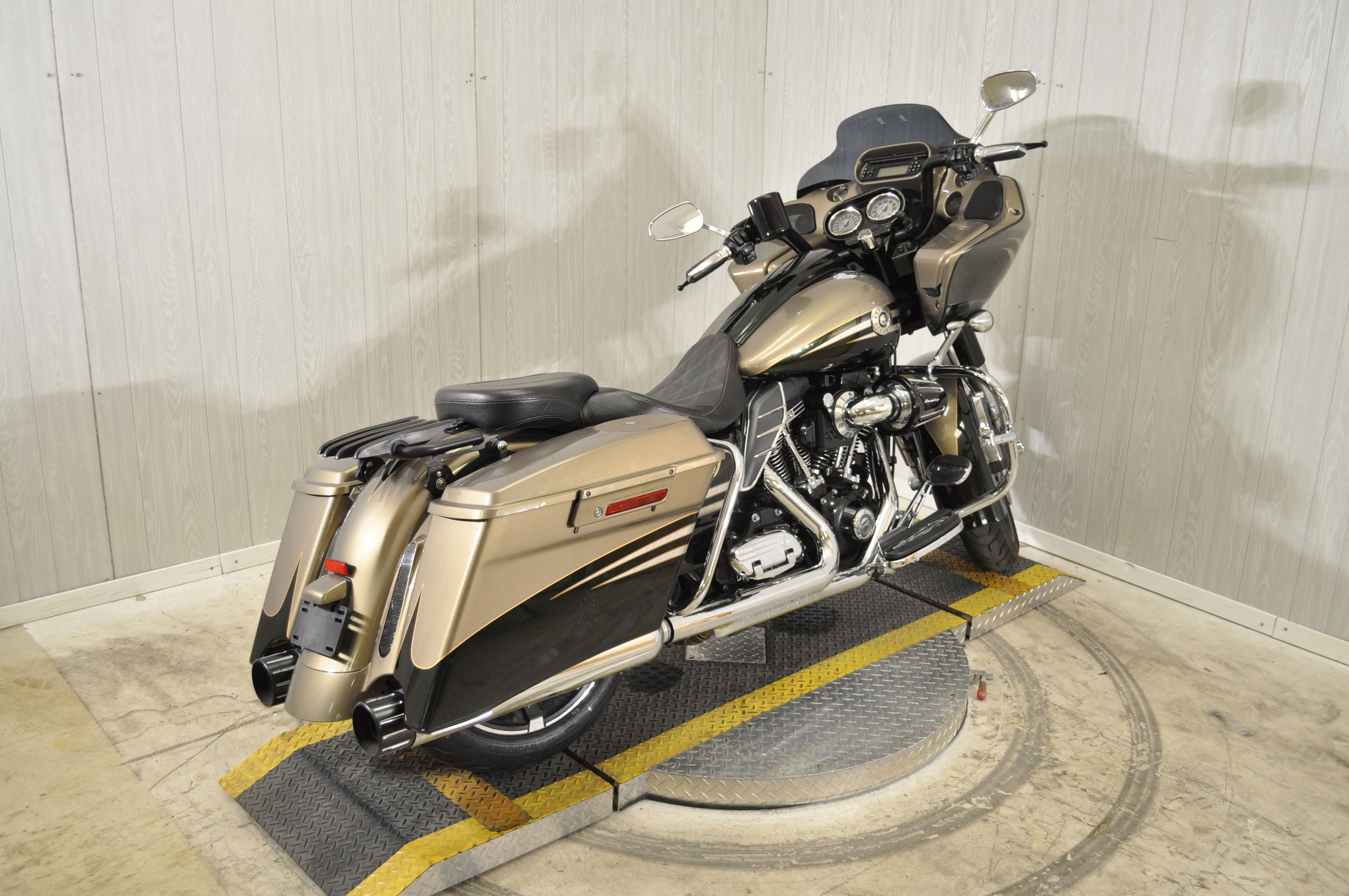 Pre-Owned 2013 Harley-Davidson CVO Road Glide Custom FLTRXSE2