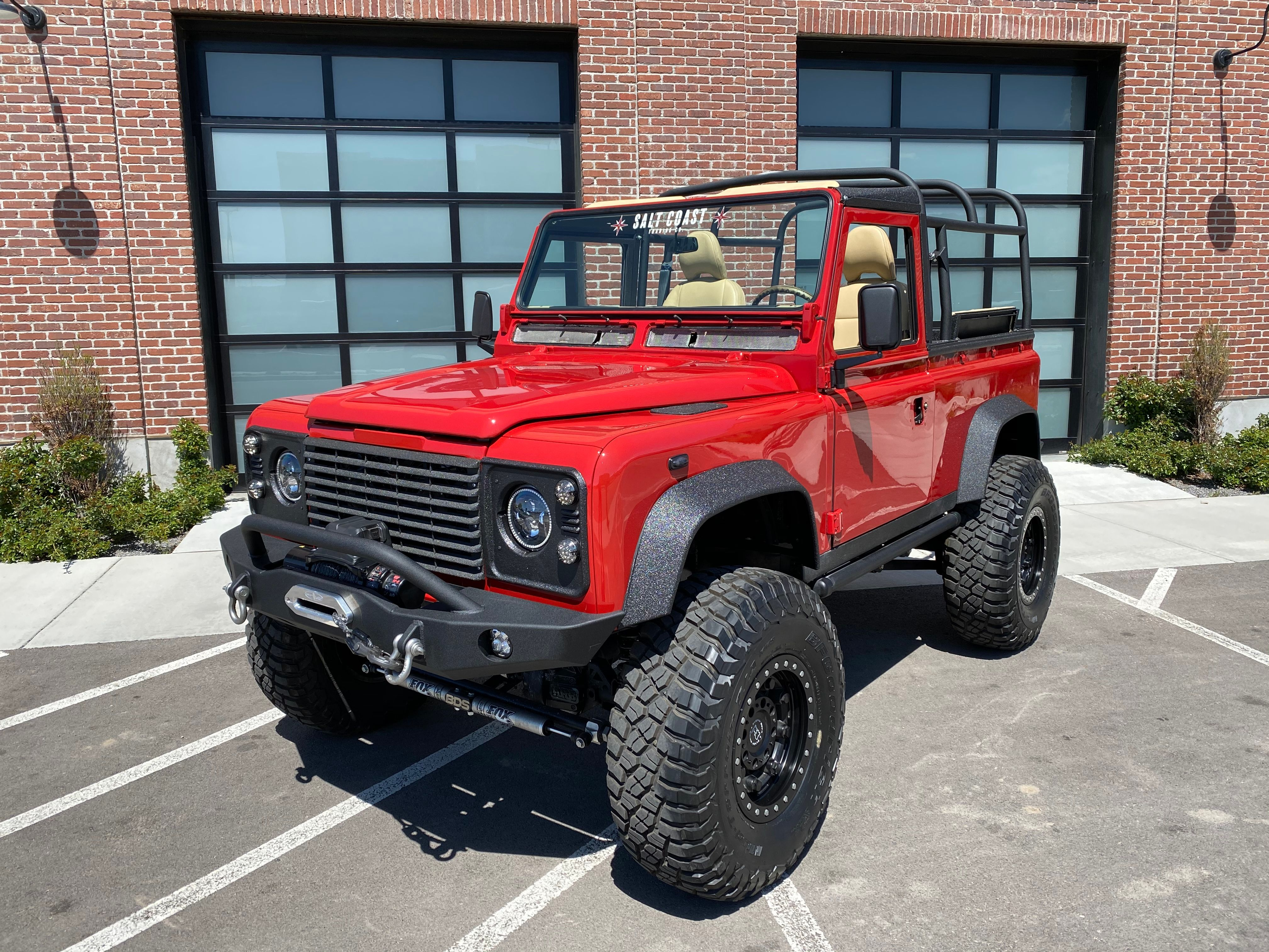 Pre-Owned 1985 Land Rover Defender 90