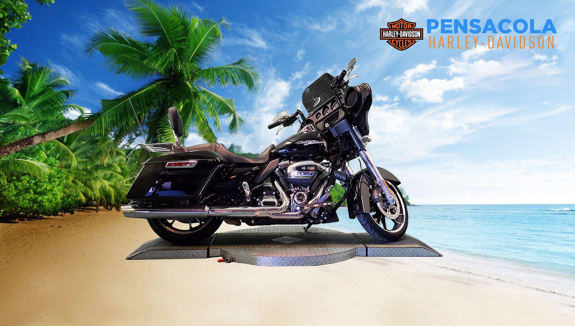 Pre-Owned 2020 Harley-Davidson Street Glide FLHX