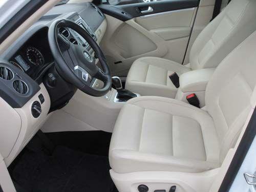 Pre-Owned 2017 Volkswagen Tiguan Comfortline