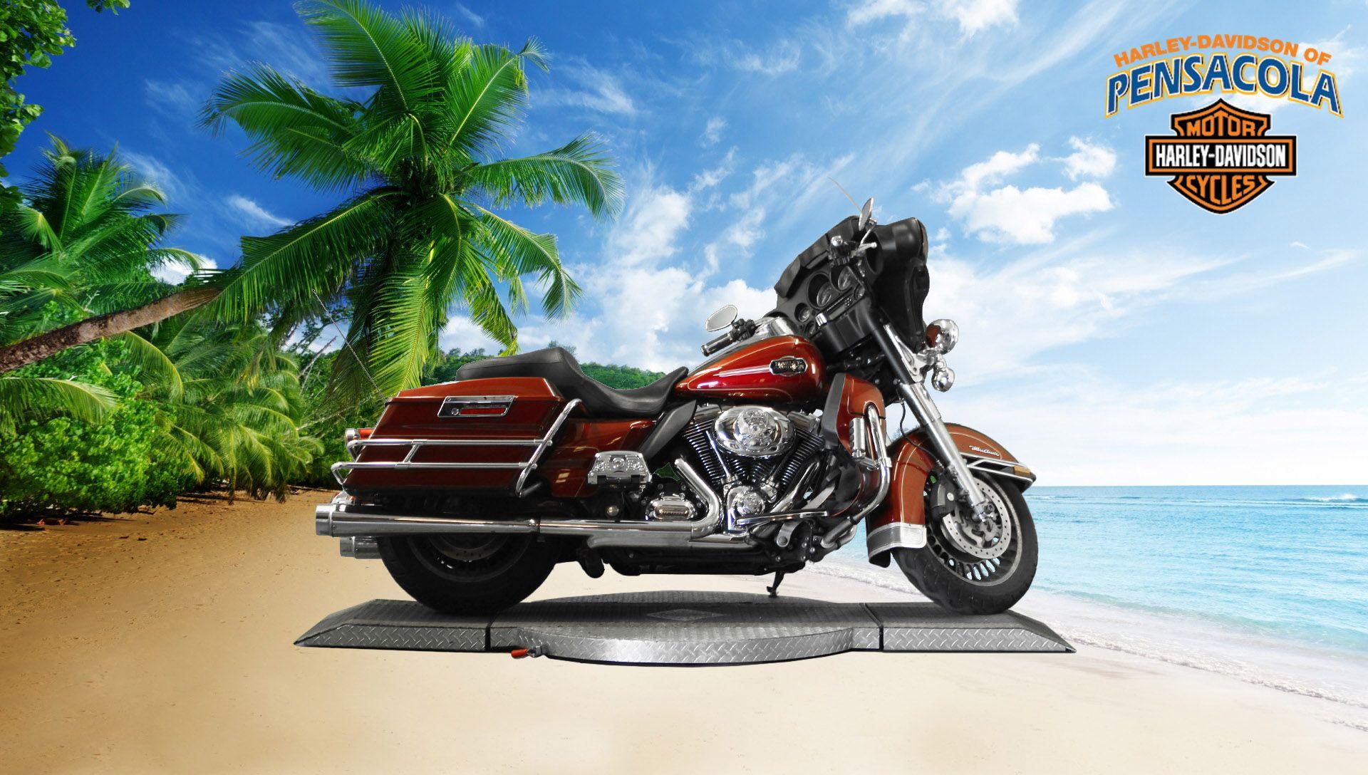 Pre-Owned 2009 Harley-Davidson Electra Glide Ultra Classic FLHTCU