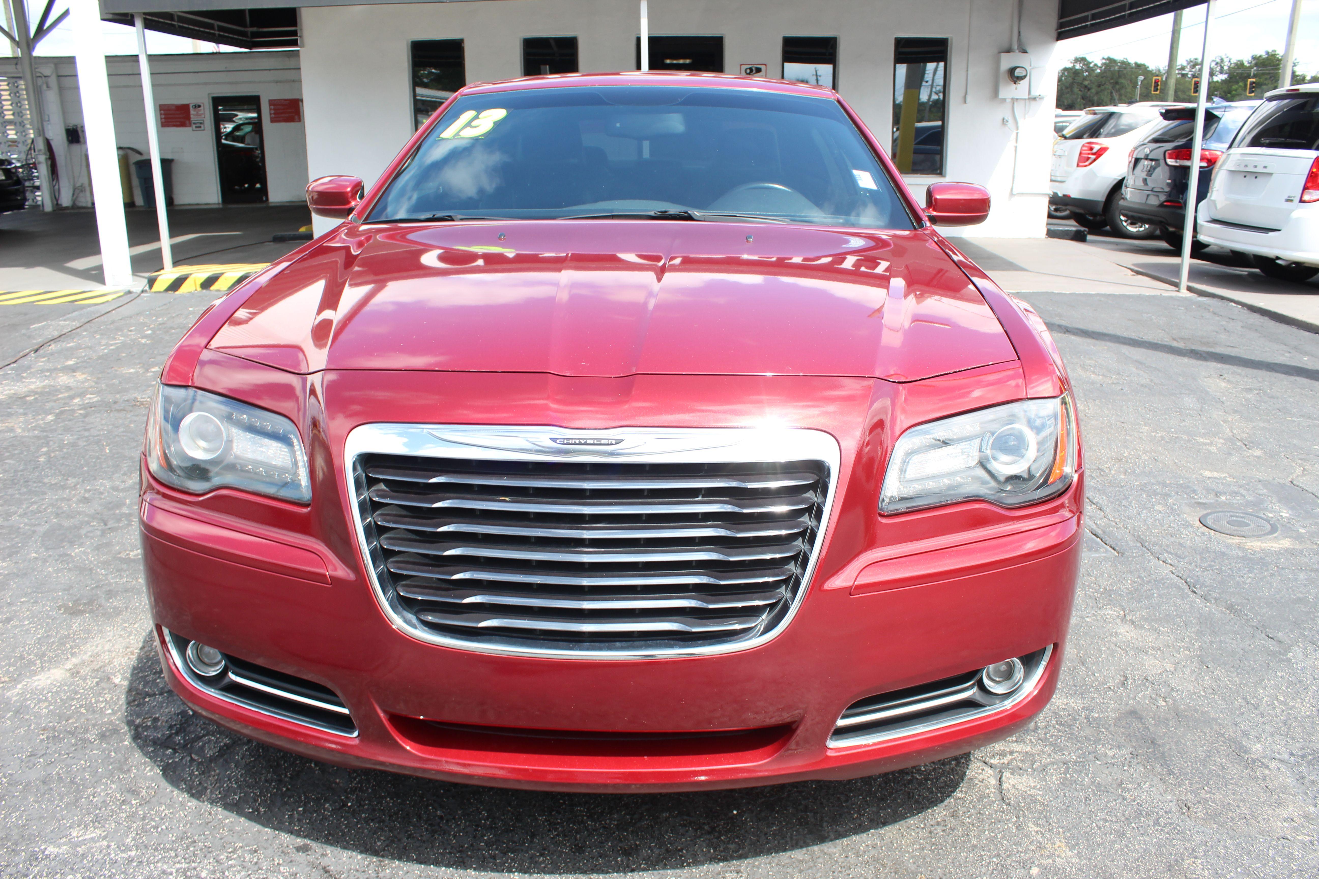 Pre-Owned 2013 Chrysler 300 300S