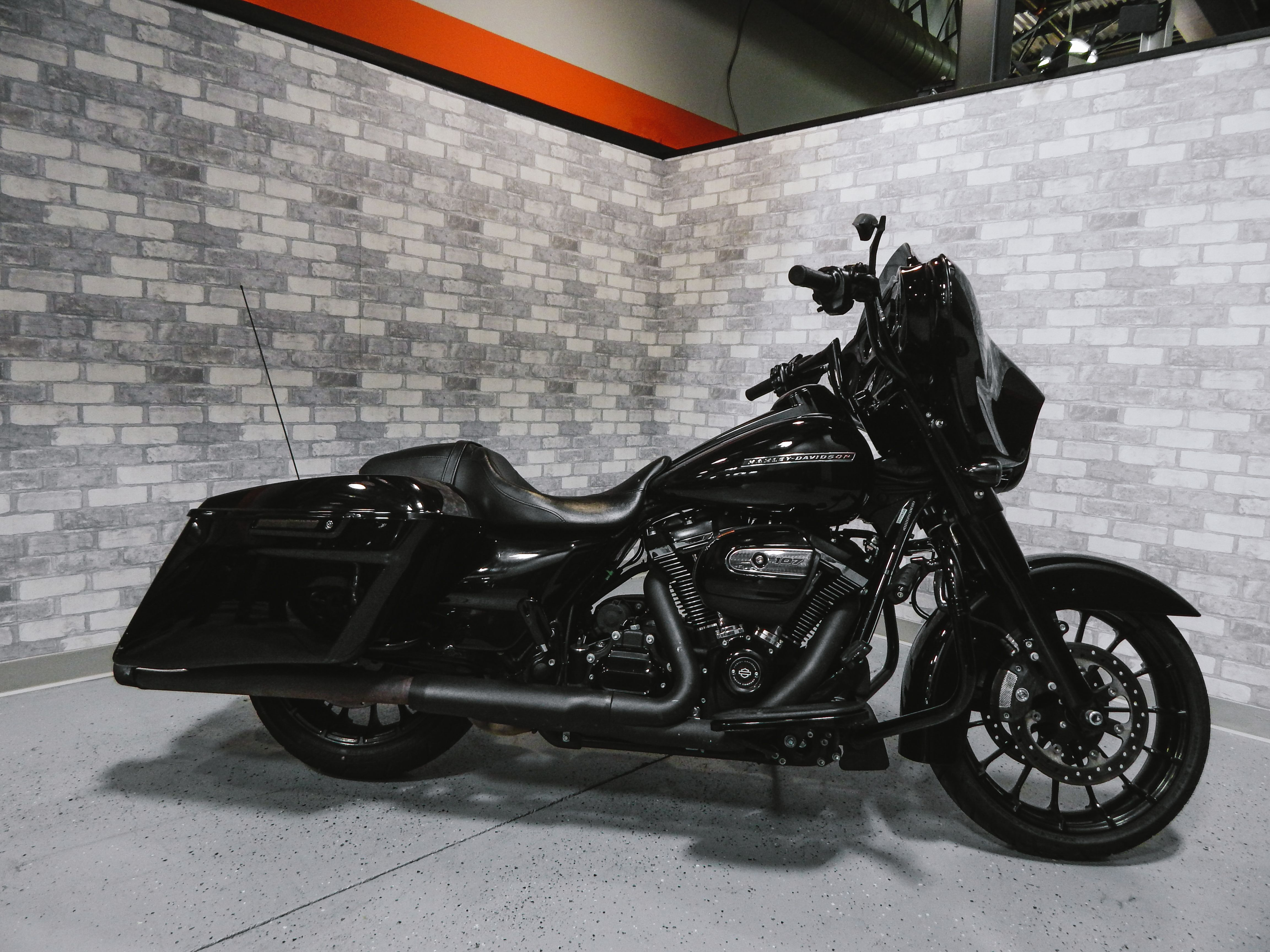 Pre Owned 2018 Harley Davidson Street Glide Special In Roswell H179167a Killer Creek Harley Davidson