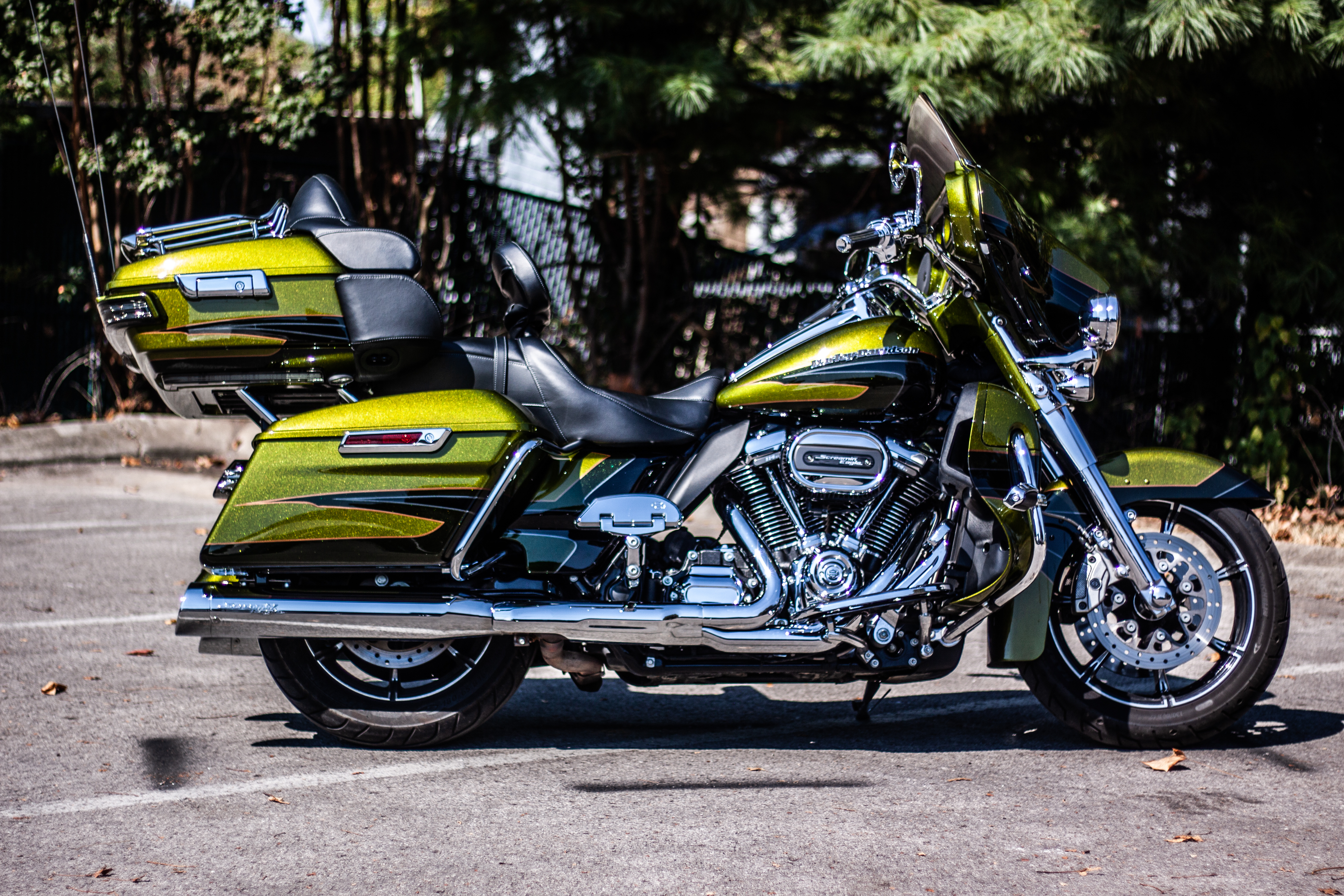 Pre-Owned 2017 Harley-Davidson CVO Limited