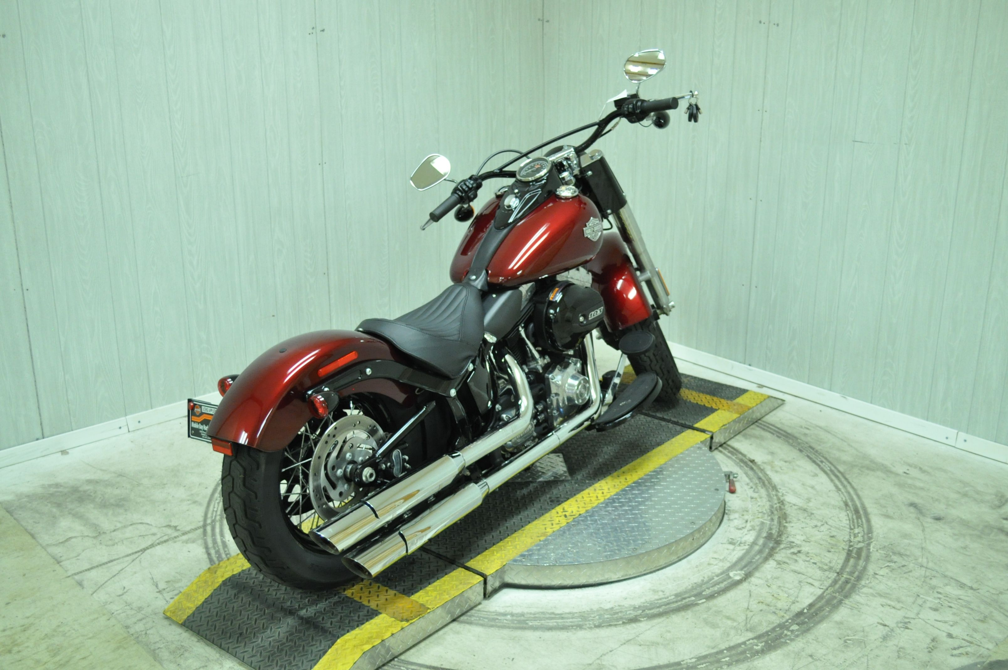 Pre-Owned 2016 Harley-Davidson Slim FLS