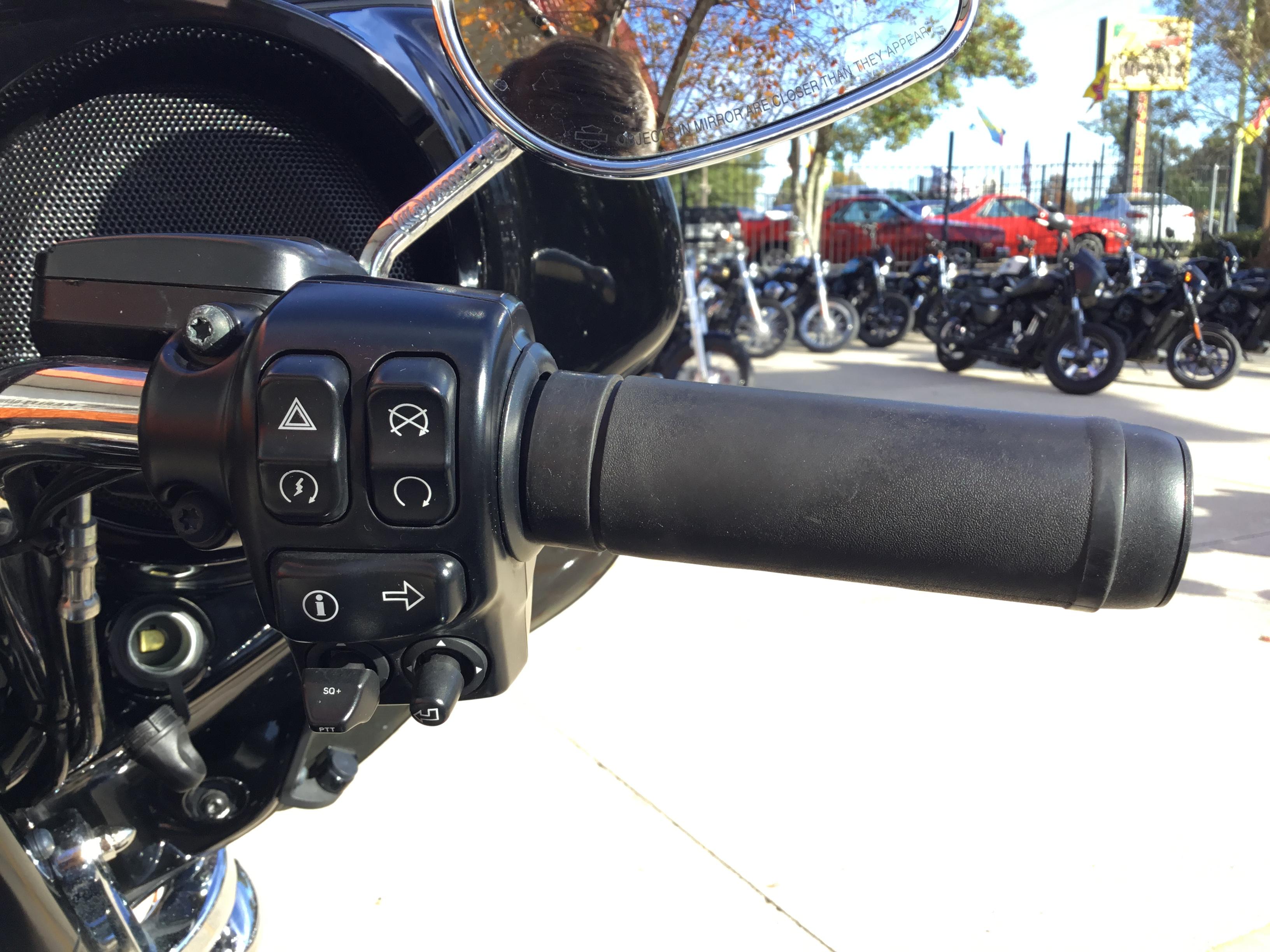 Pre-Owned 2014 Harley-Davidson Ultra Limited FLHTK