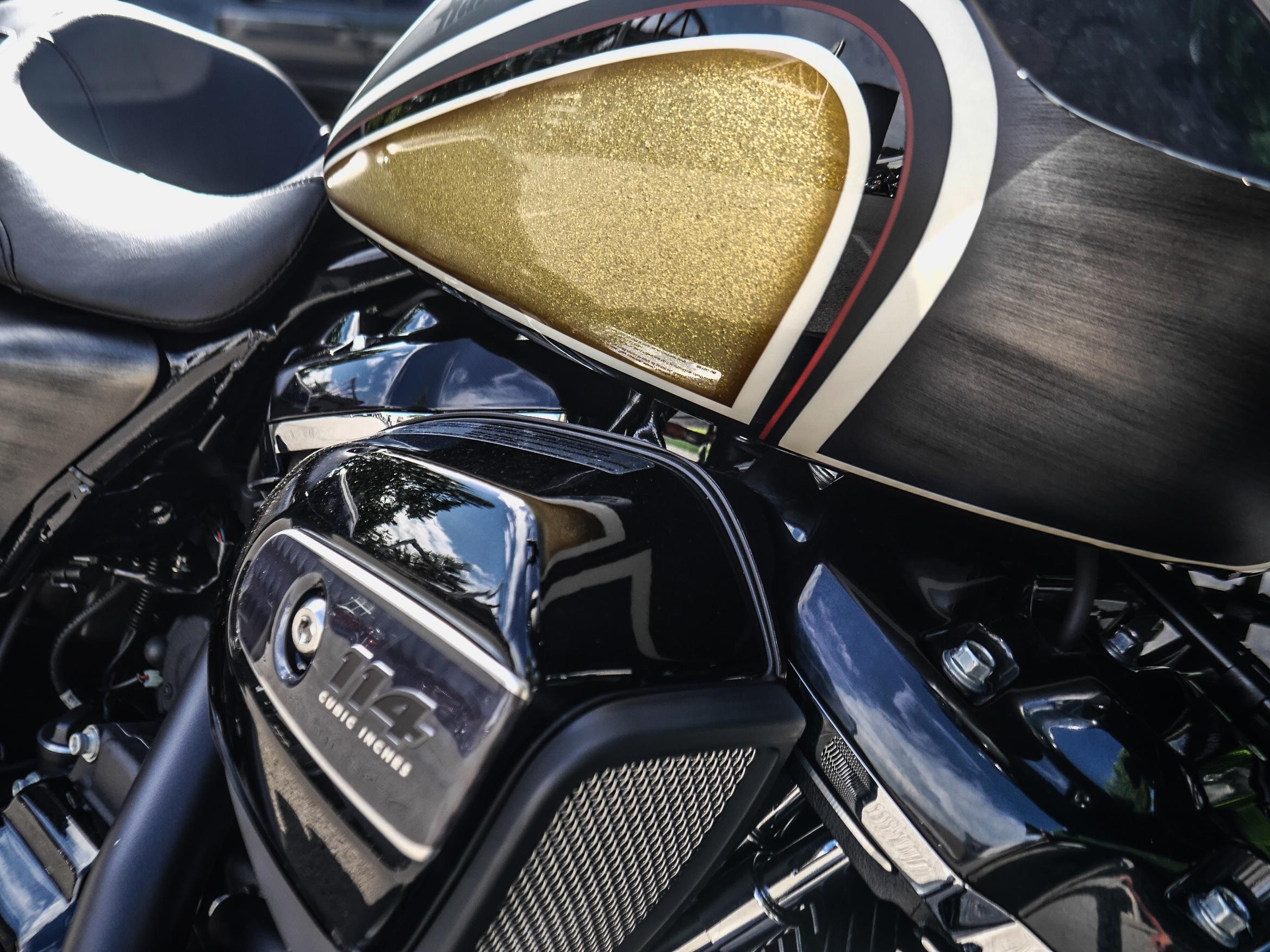 New 2019 Harley-Davidson Road Glide Special