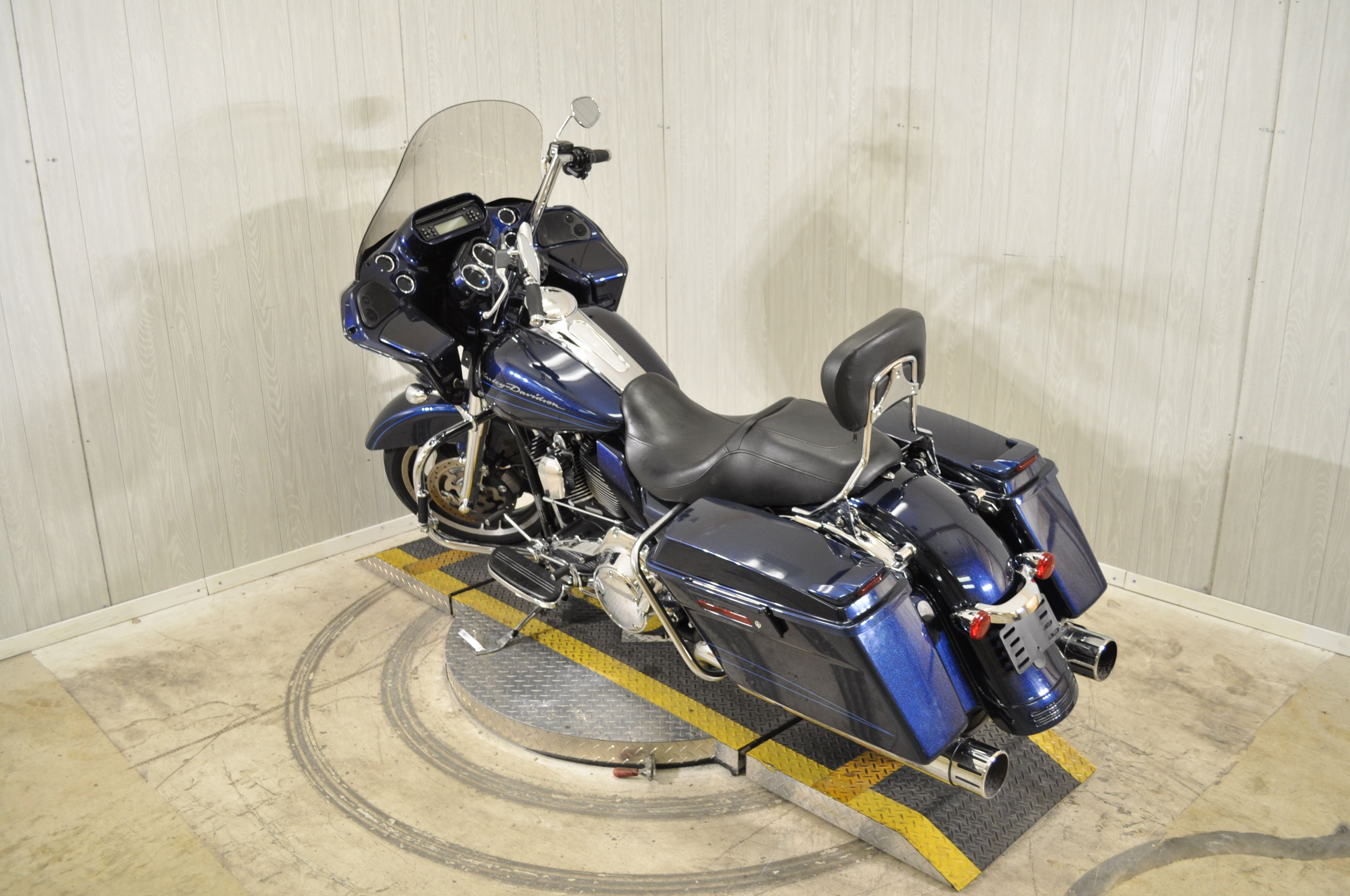 Pre-Owned 2013 Harley-Davidson Road Glide Custom FLTRX