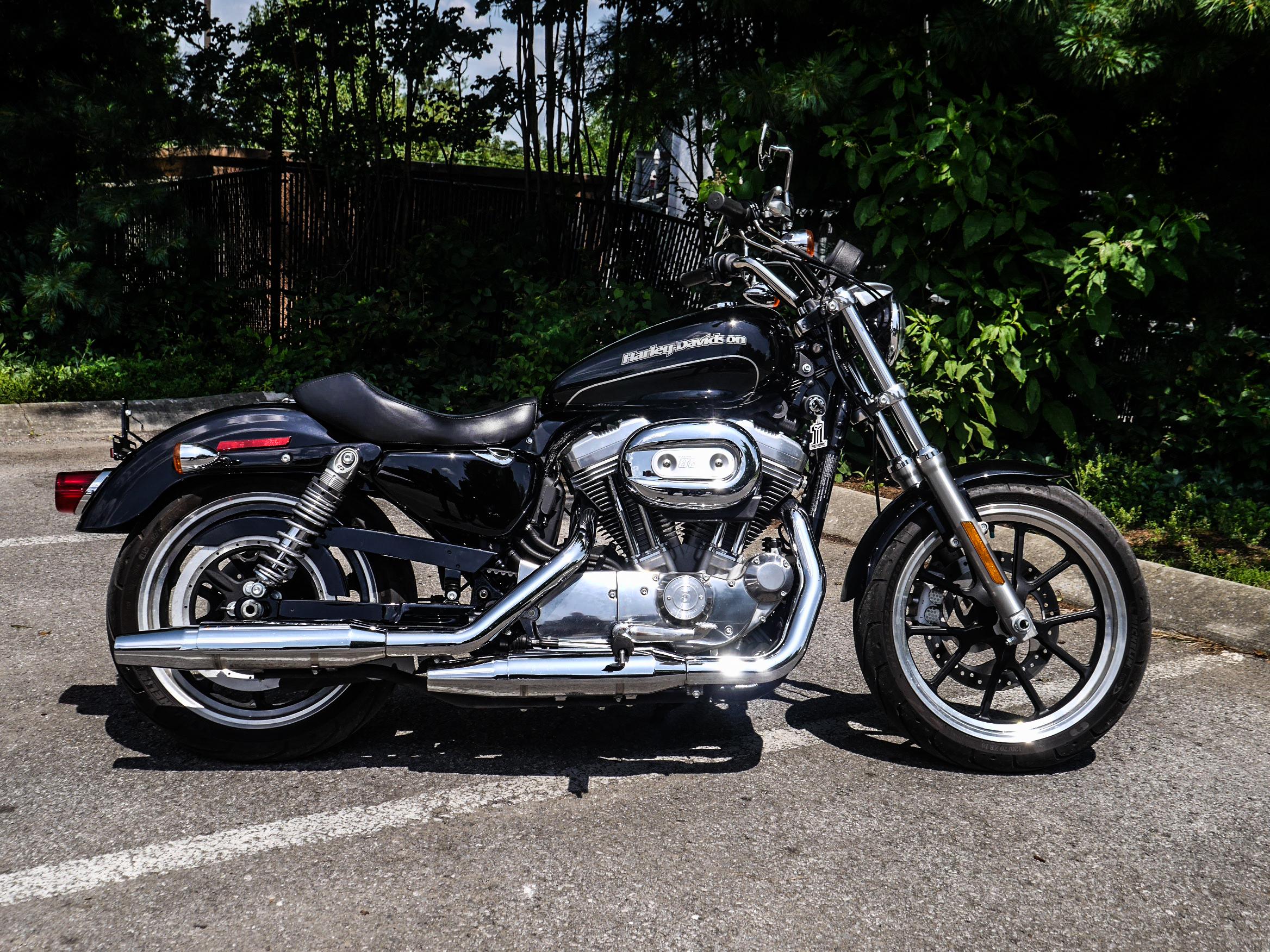 Pre-Owned 2017 Harley-Davidson SuperLow