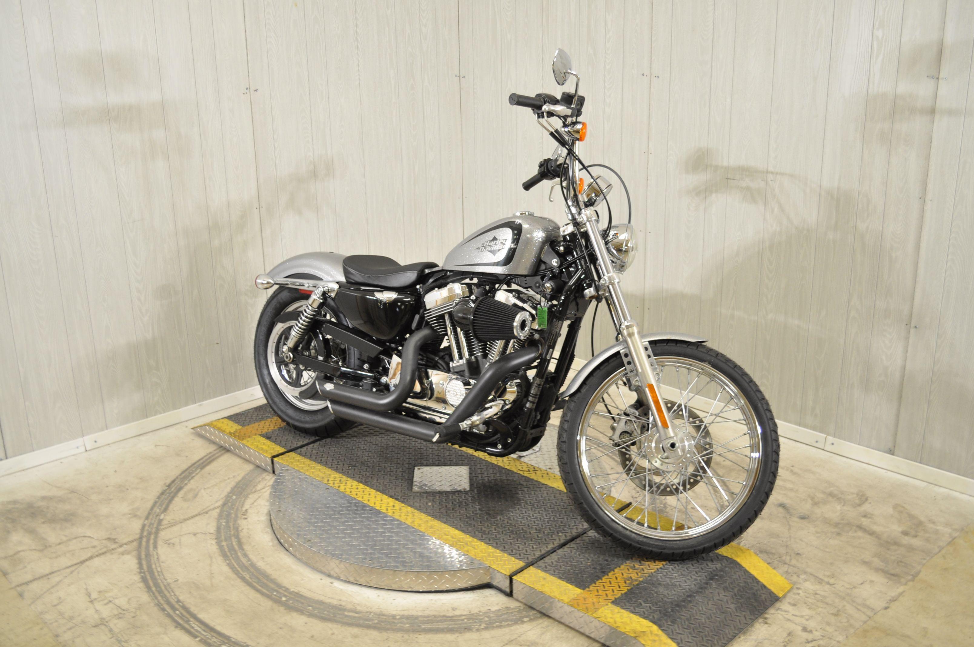 Pre-Owned 2015 Harley-Davidson Seventy-Two XL1200V