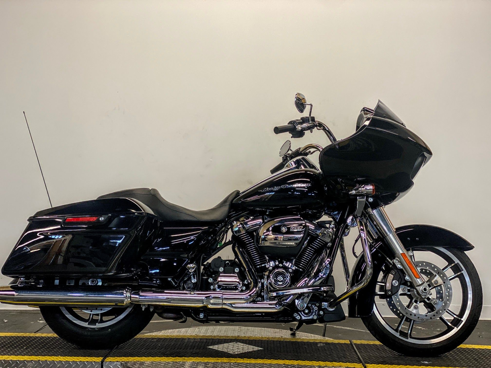 certified pre owned 2017 harley davidson road glide special fltrxs