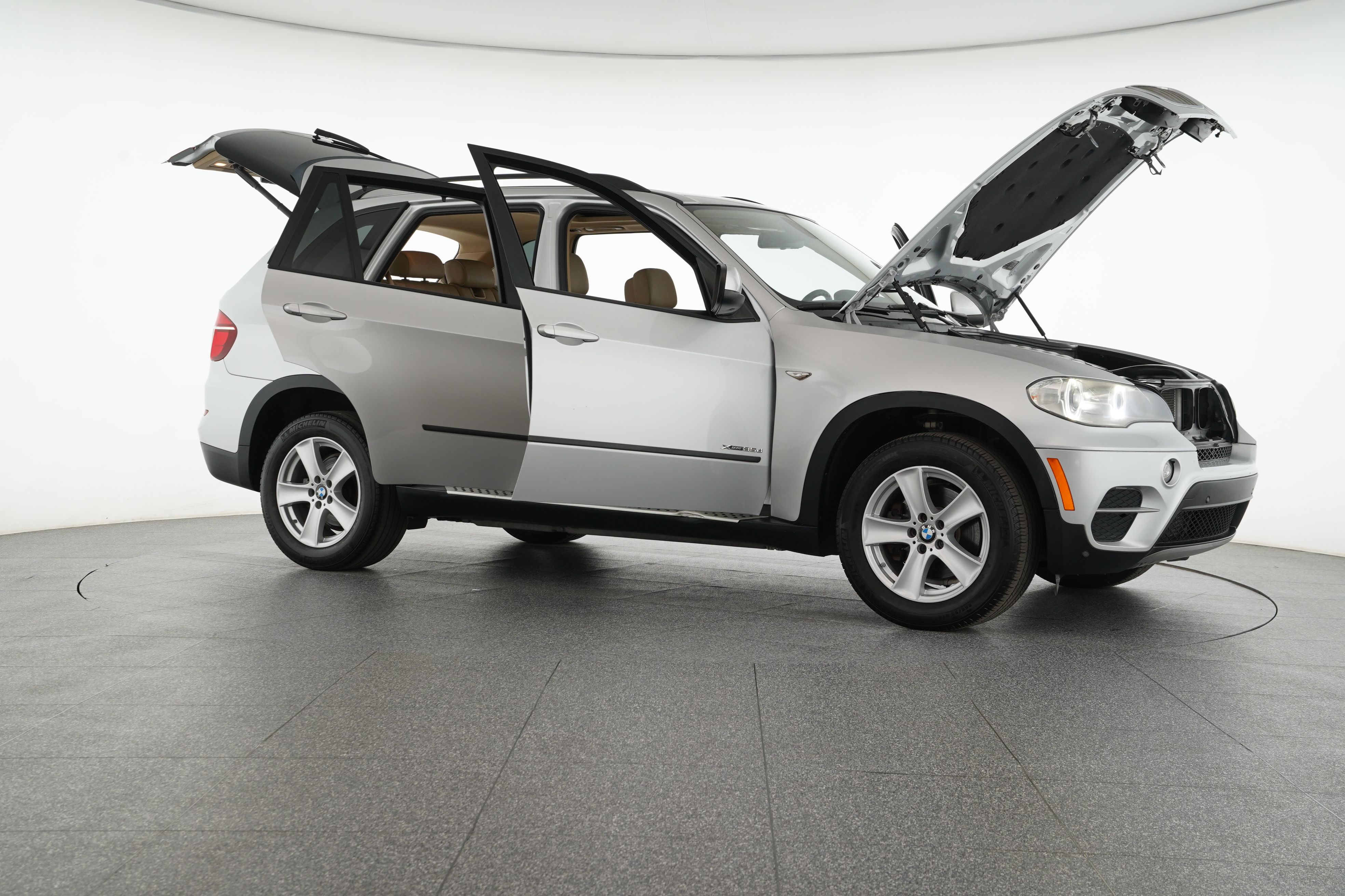 Pre-Owned 2012 BMW X5 xDrive35d AWD 4dr SUV