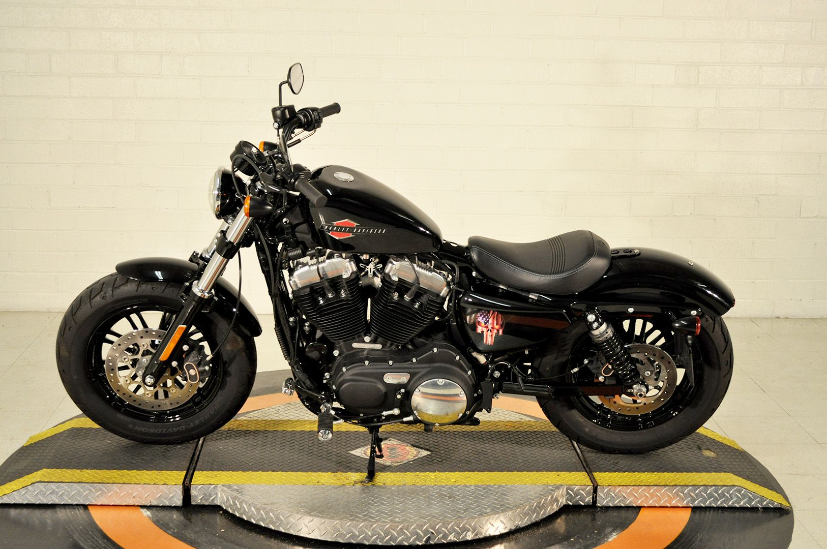 Pre-Owned 2019 Harley-Davidson Forty-Eight
