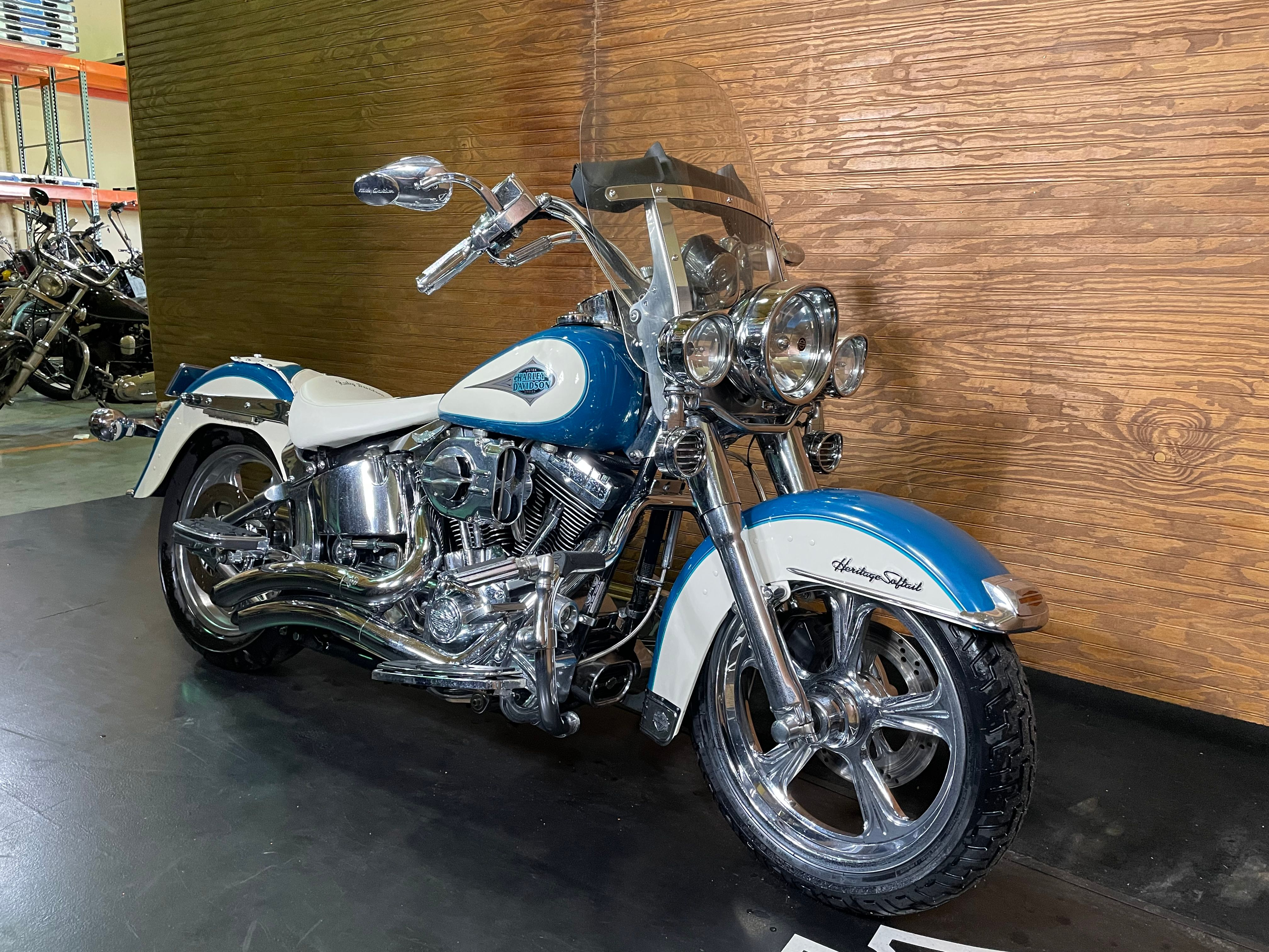 Pre-Owned 2001 Harley-Davidson Heritage Classic