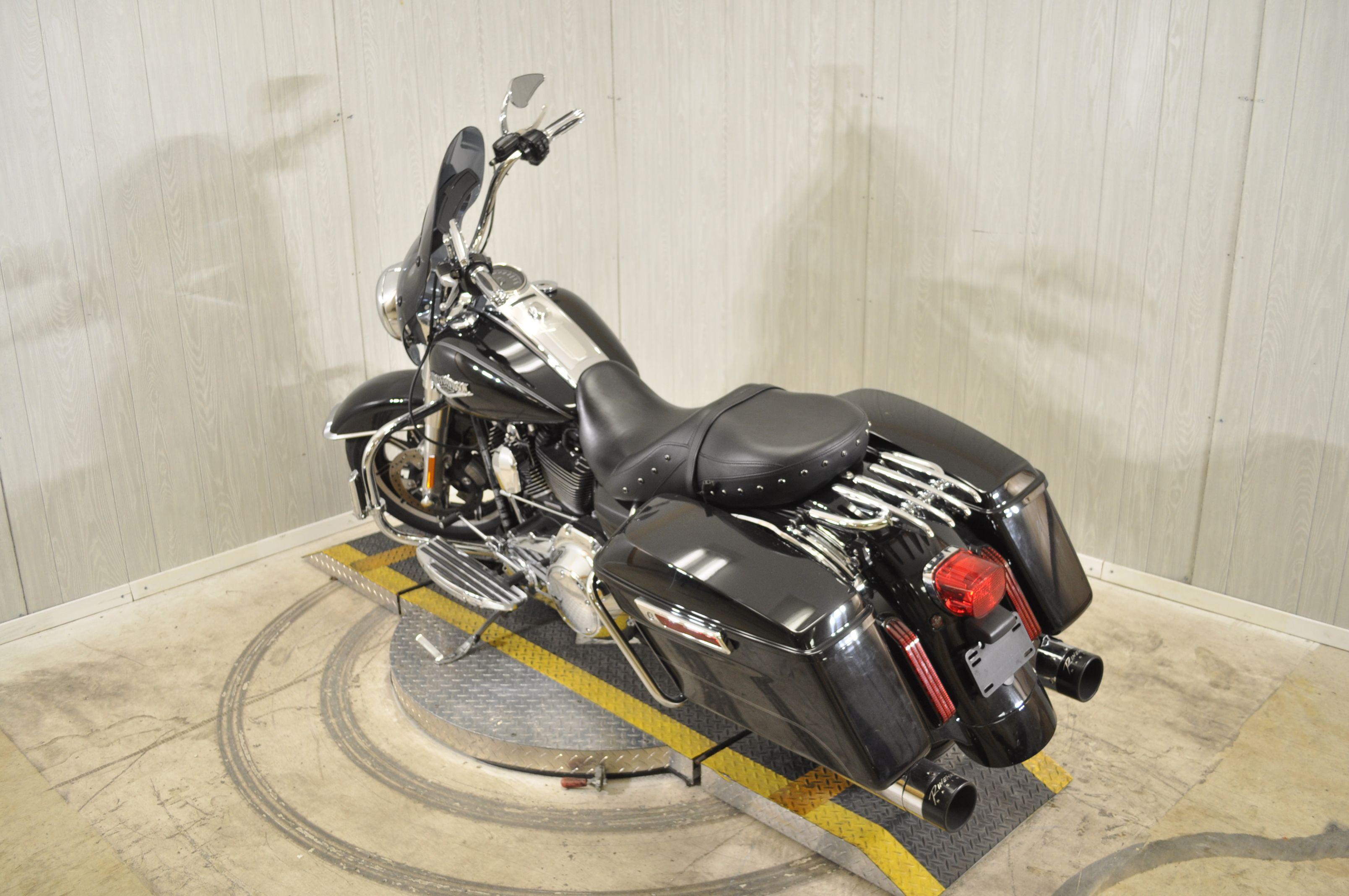 Pre-Owned 2014 Harley-Davidson Road King FLHR