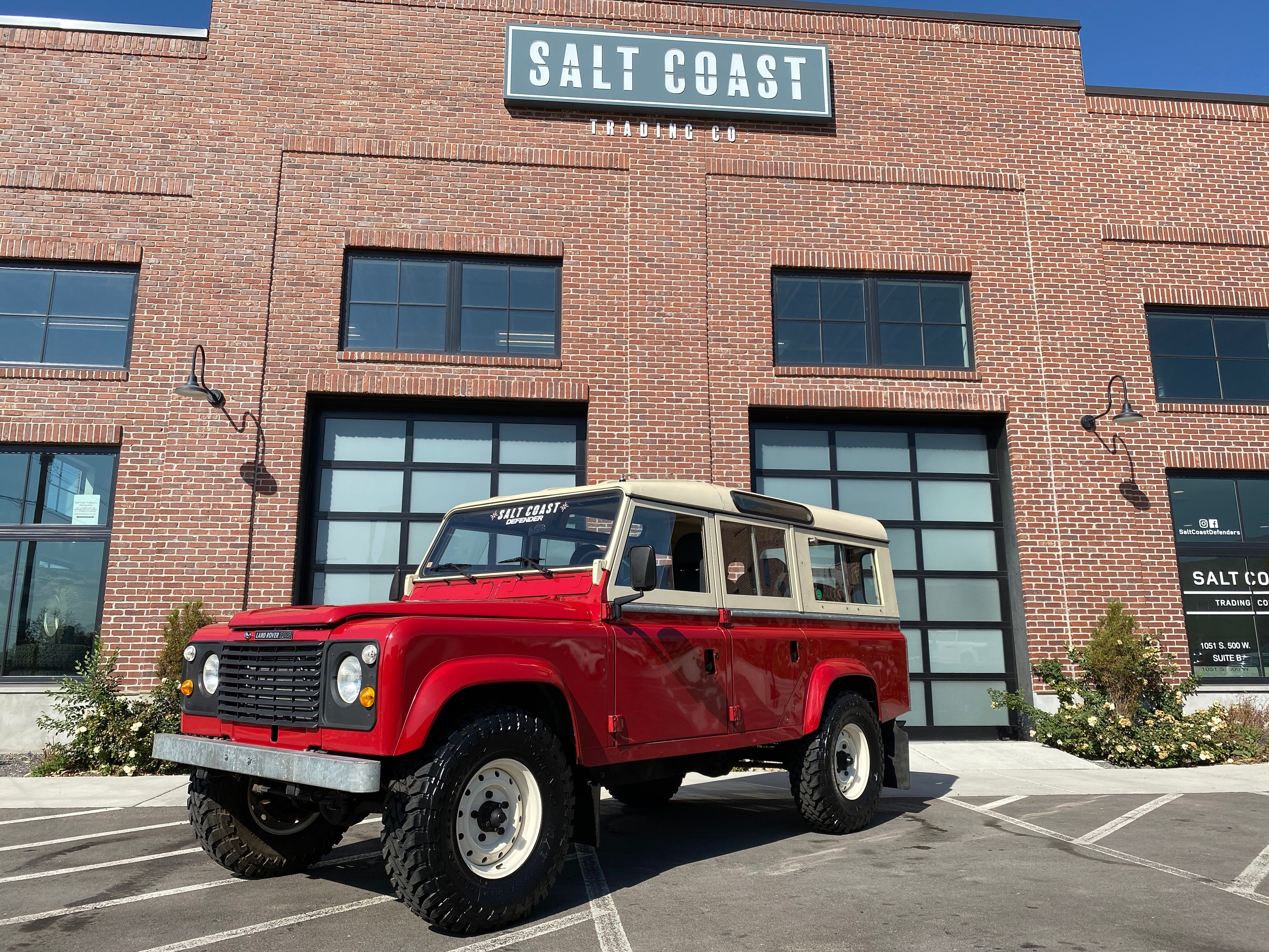 Pre-Owned 1984 Land Rover DEFENDER 110 4WD