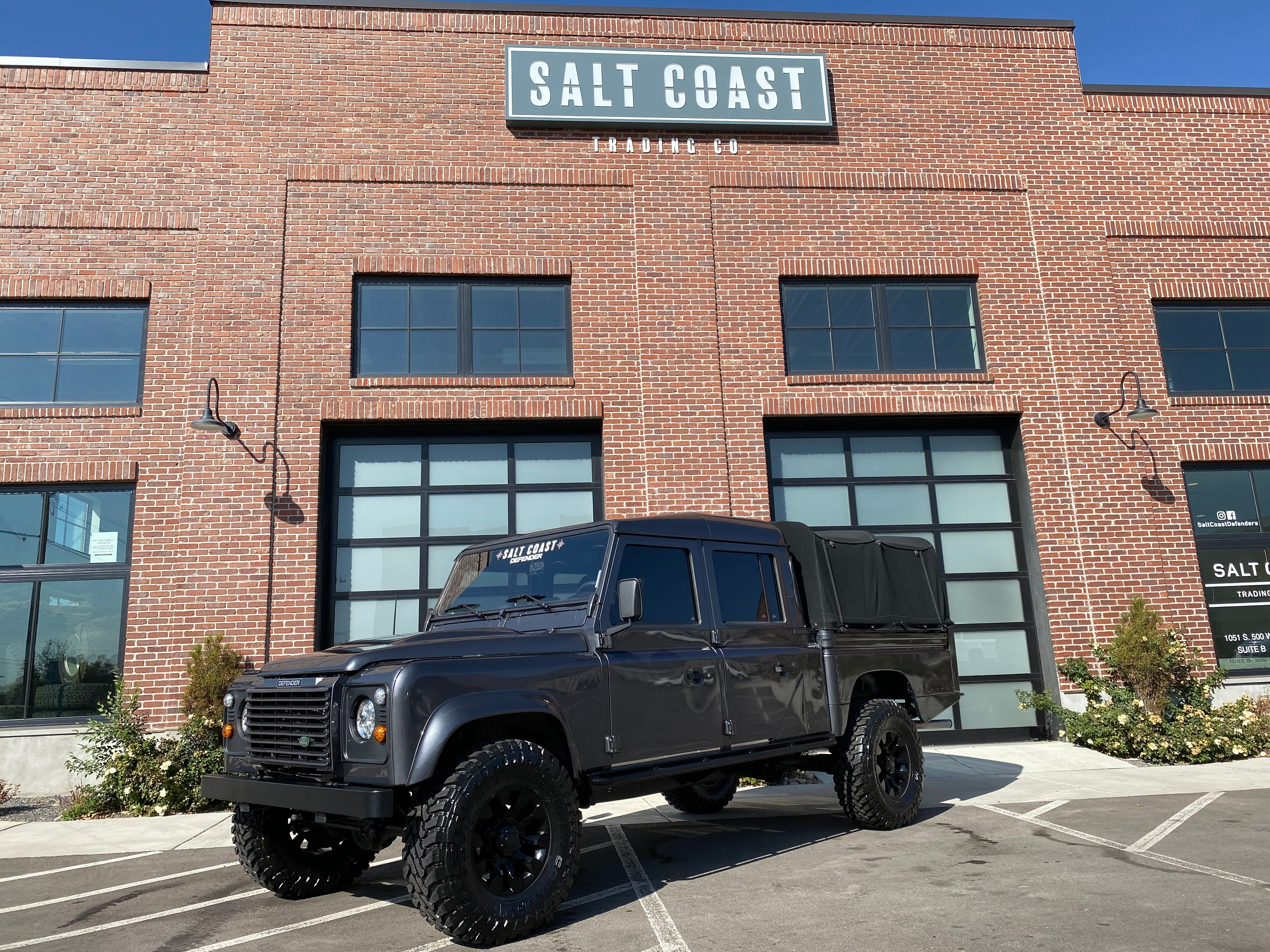 Pre-Owned 1994 Land Rover Defender 130 4WD