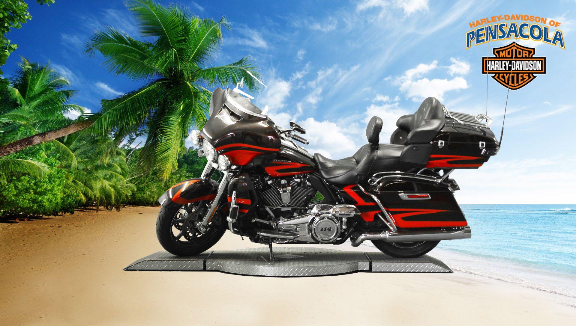 Pre-Owned 2017 Harley-Davidson CVO Limited FLHTKSE