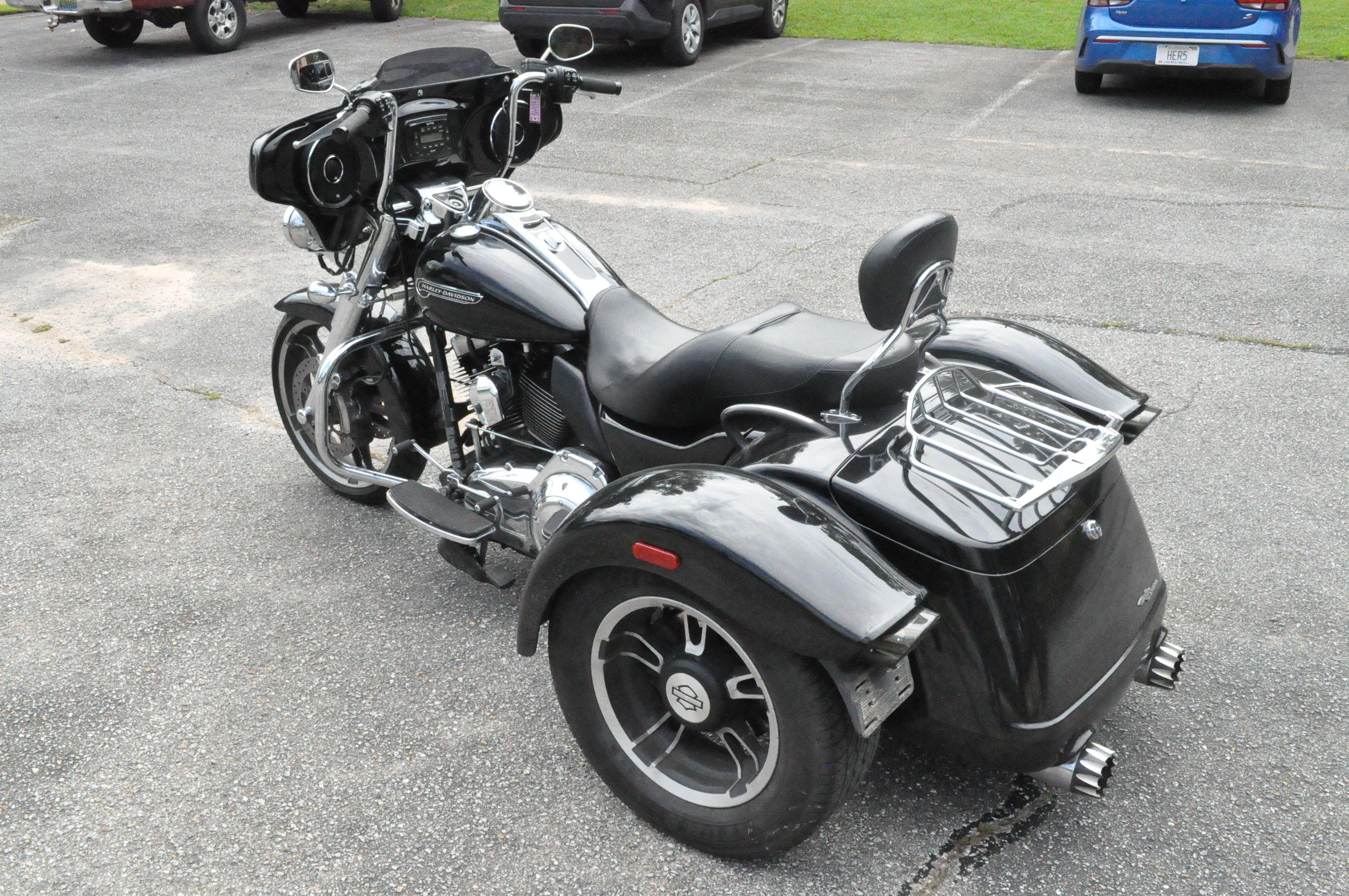 Pre-Owned 2016 Harley-Davidson Freewheeler FLRT