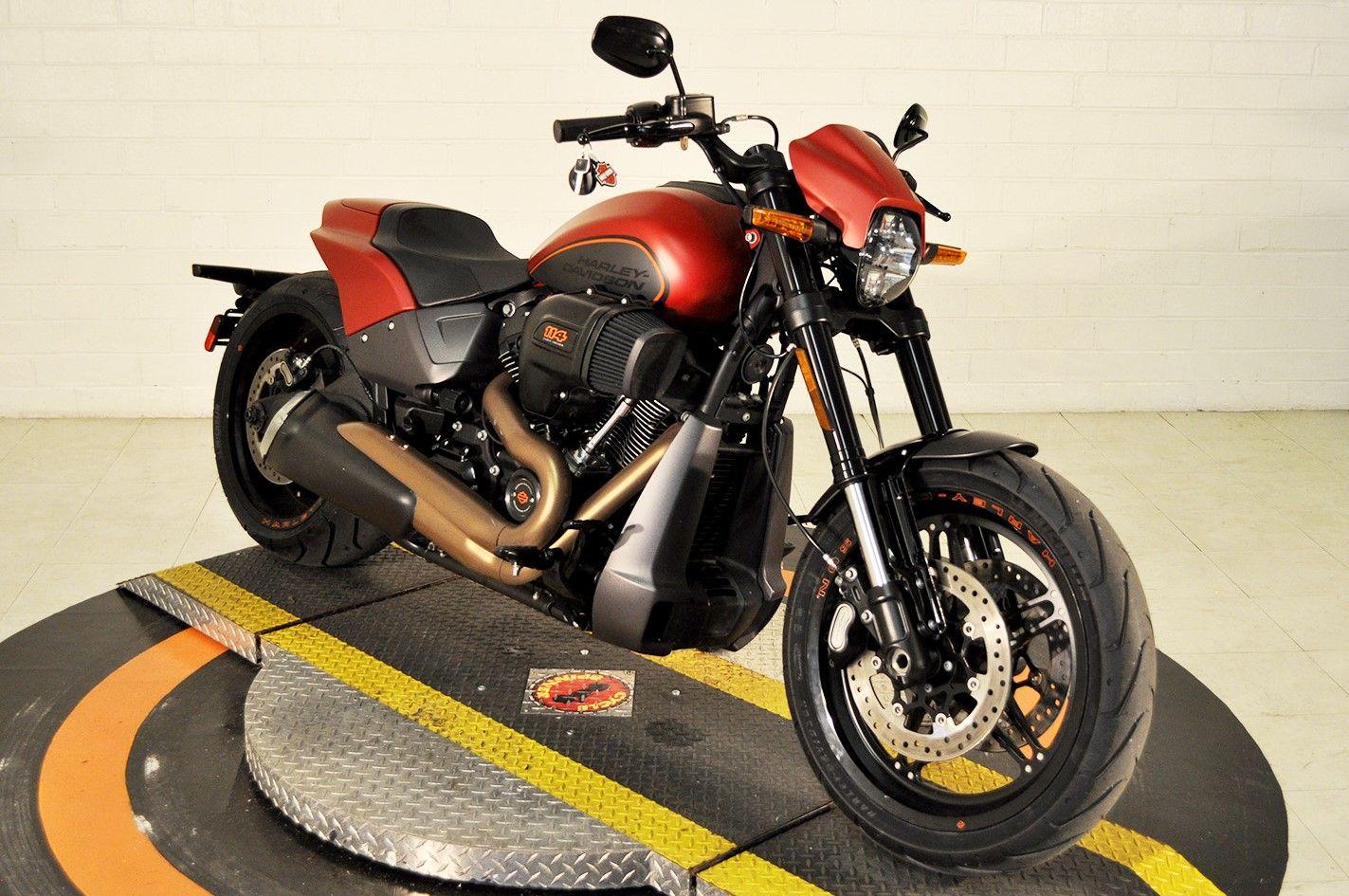Pre-Owned 2019 Harley-Davidson FXDR 114