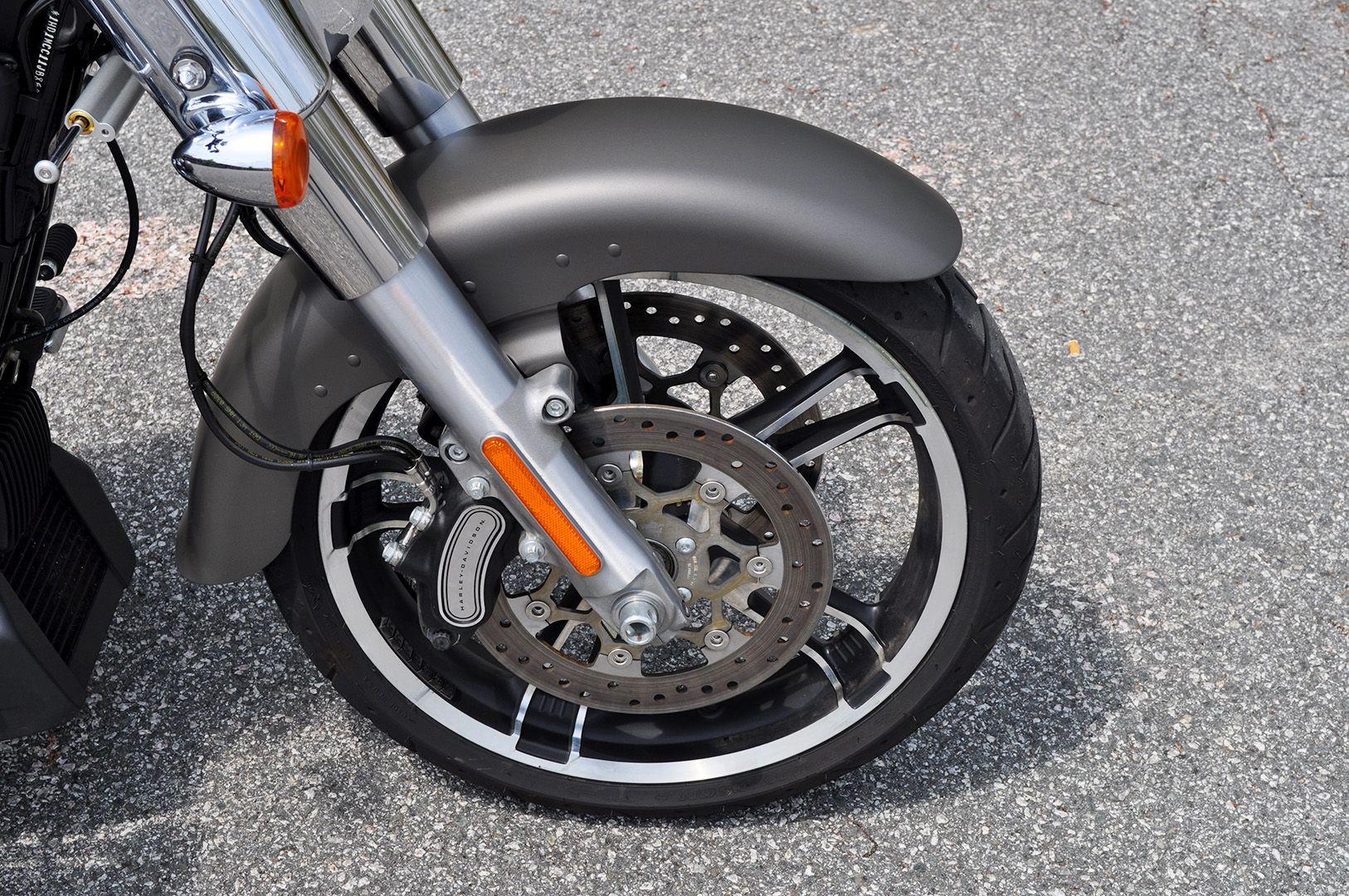 Pre-Owned 2018 Harley-Davidson Freewheeler