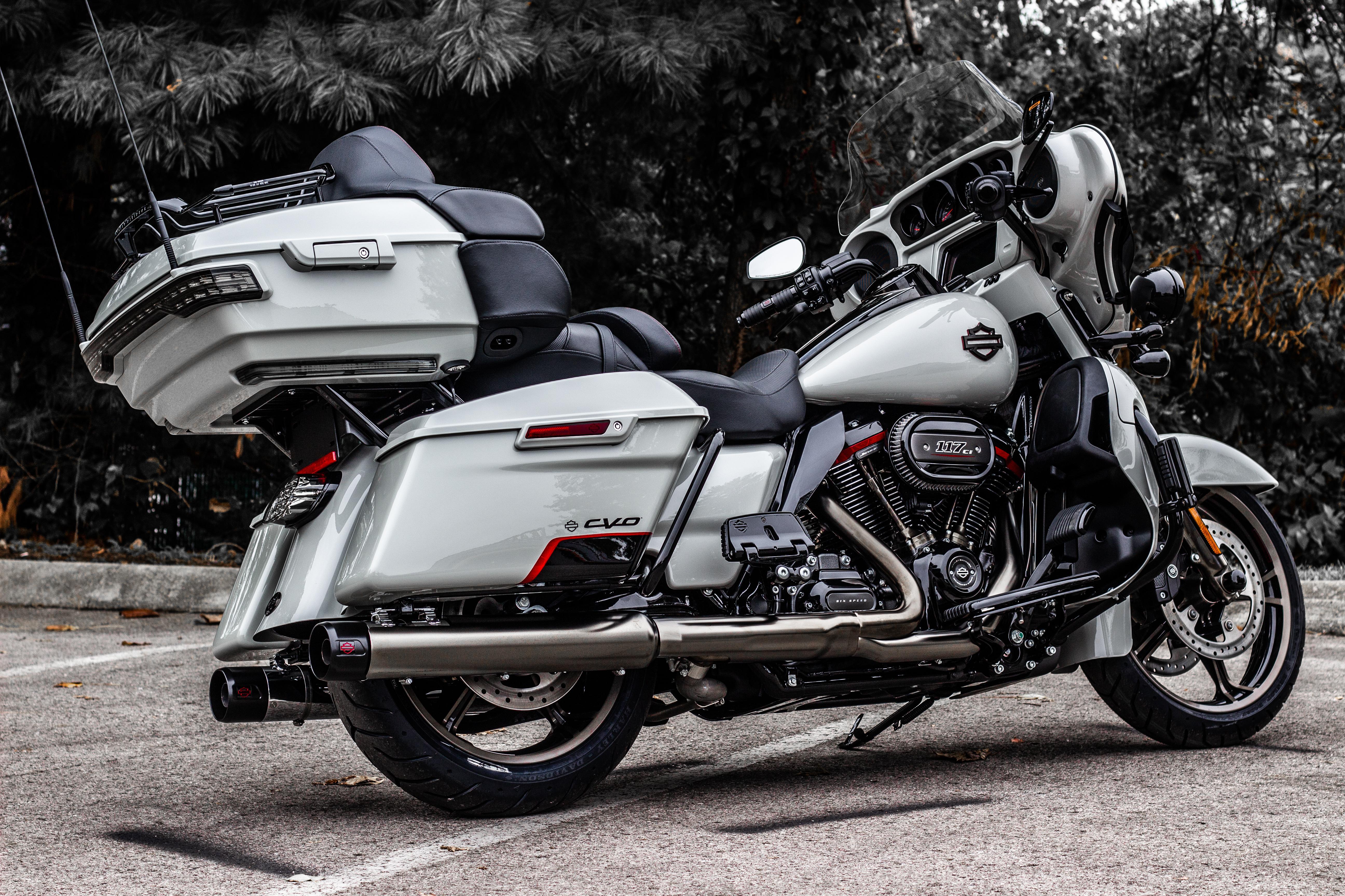 New 2020 Harley-Davidson CVO Limited