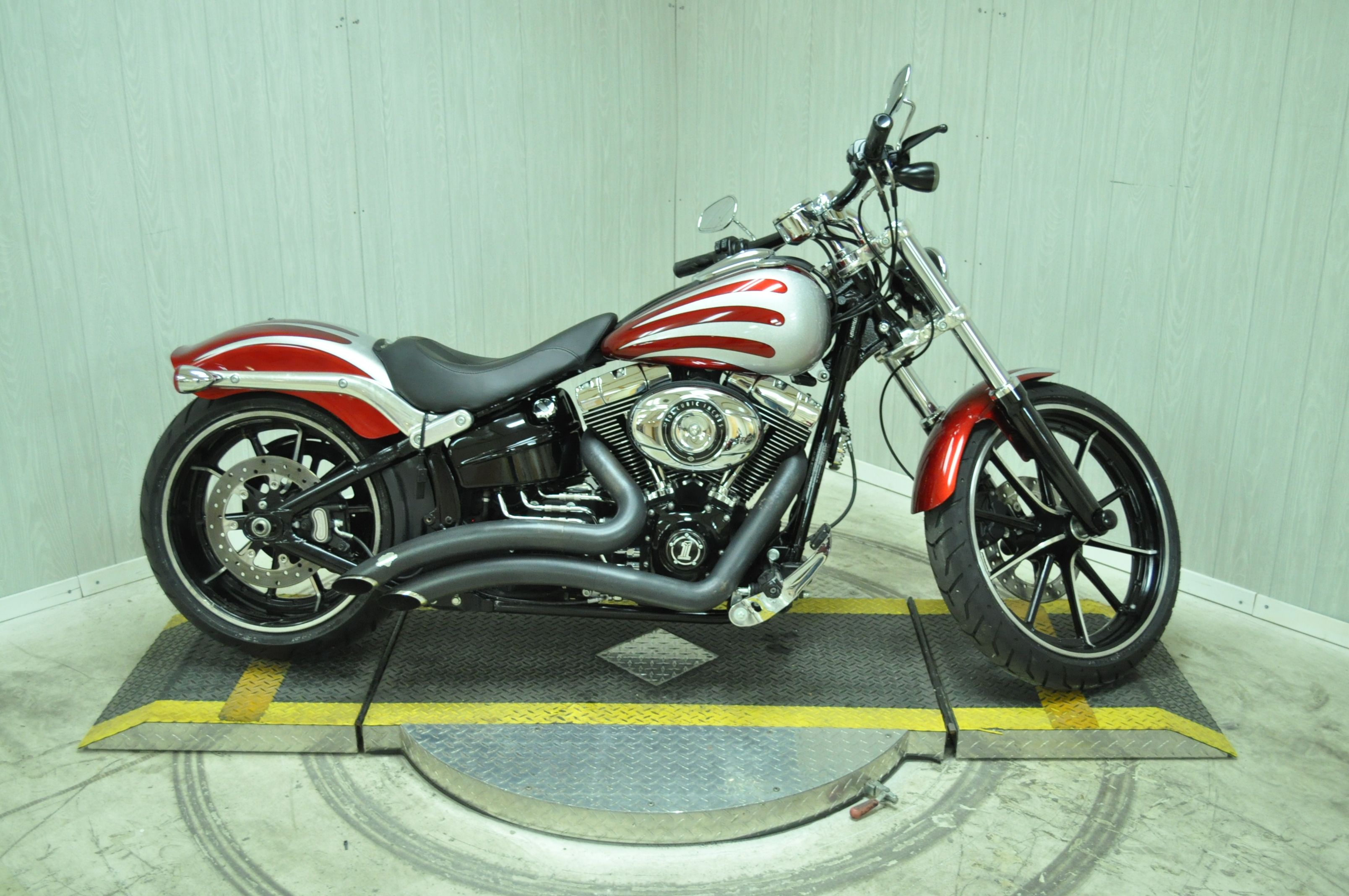 Pre-Owned 2013 Harley-Davidson Breakout FXSB