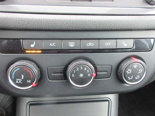Pre-Owned 2014 Volkswagen Tiguan Comfortline