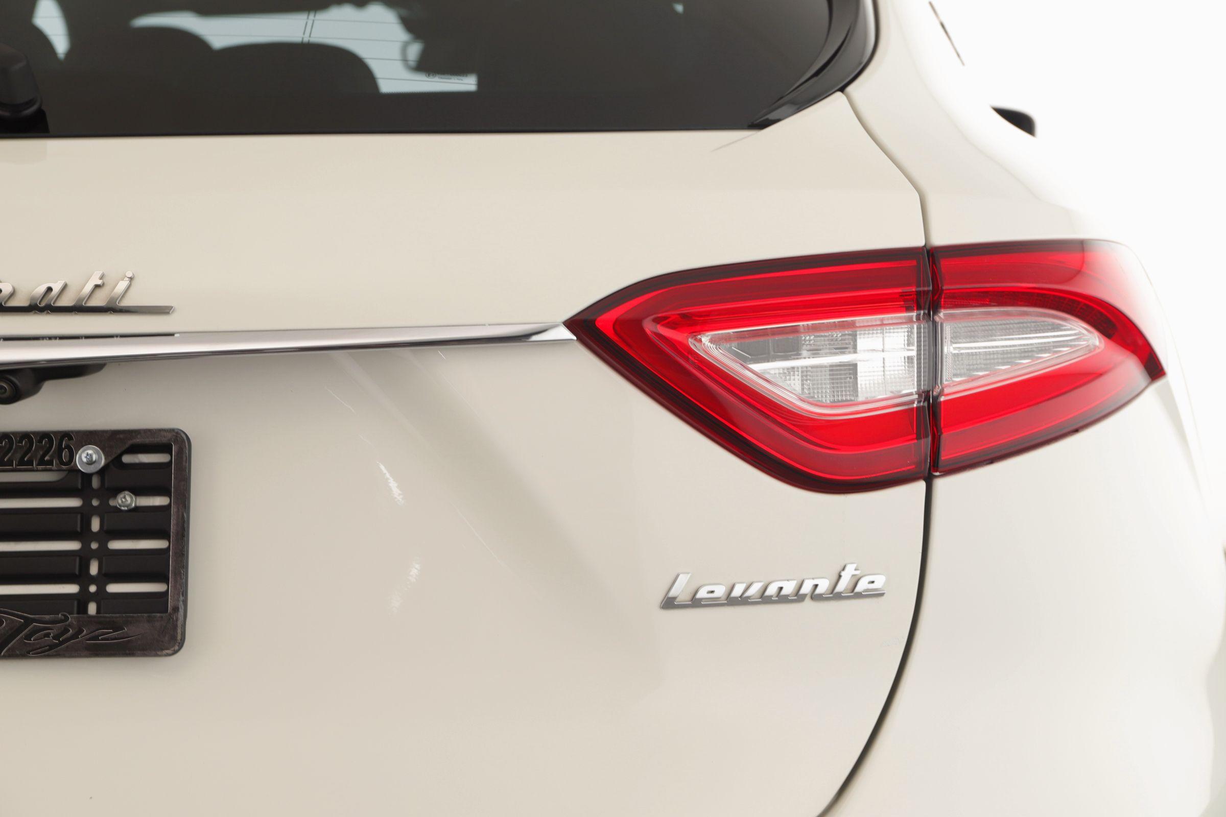 Pre-Owned 2017 Maserati Levante
