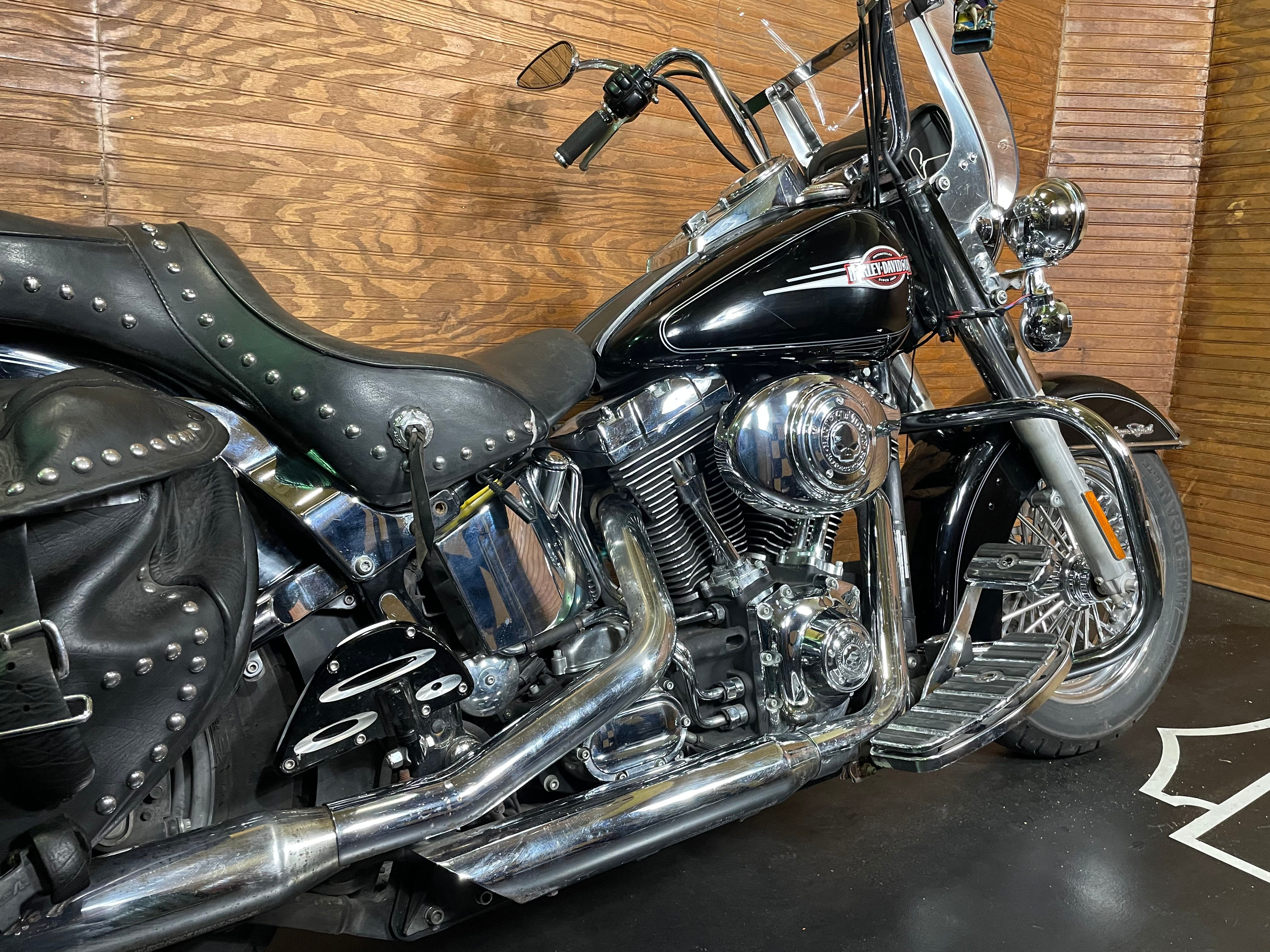 Pre-Owned 2005 Harley-Davidson Heritage Softail Classic