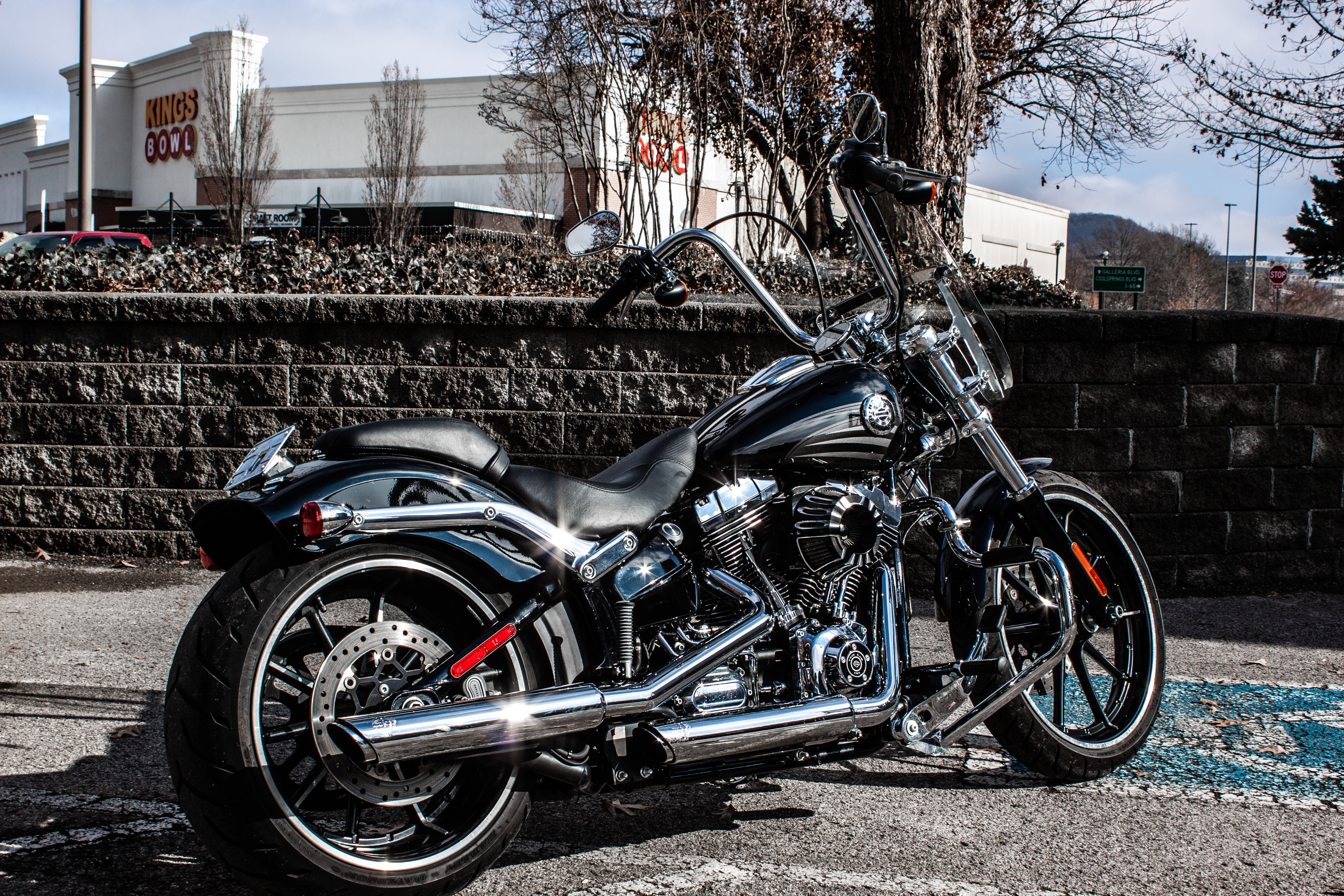 Pre-Owned 2016 Harley-Davidson Breakout