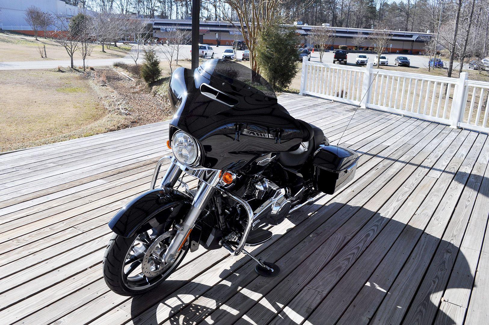 New 2021 Harley-Davidson Street Glide