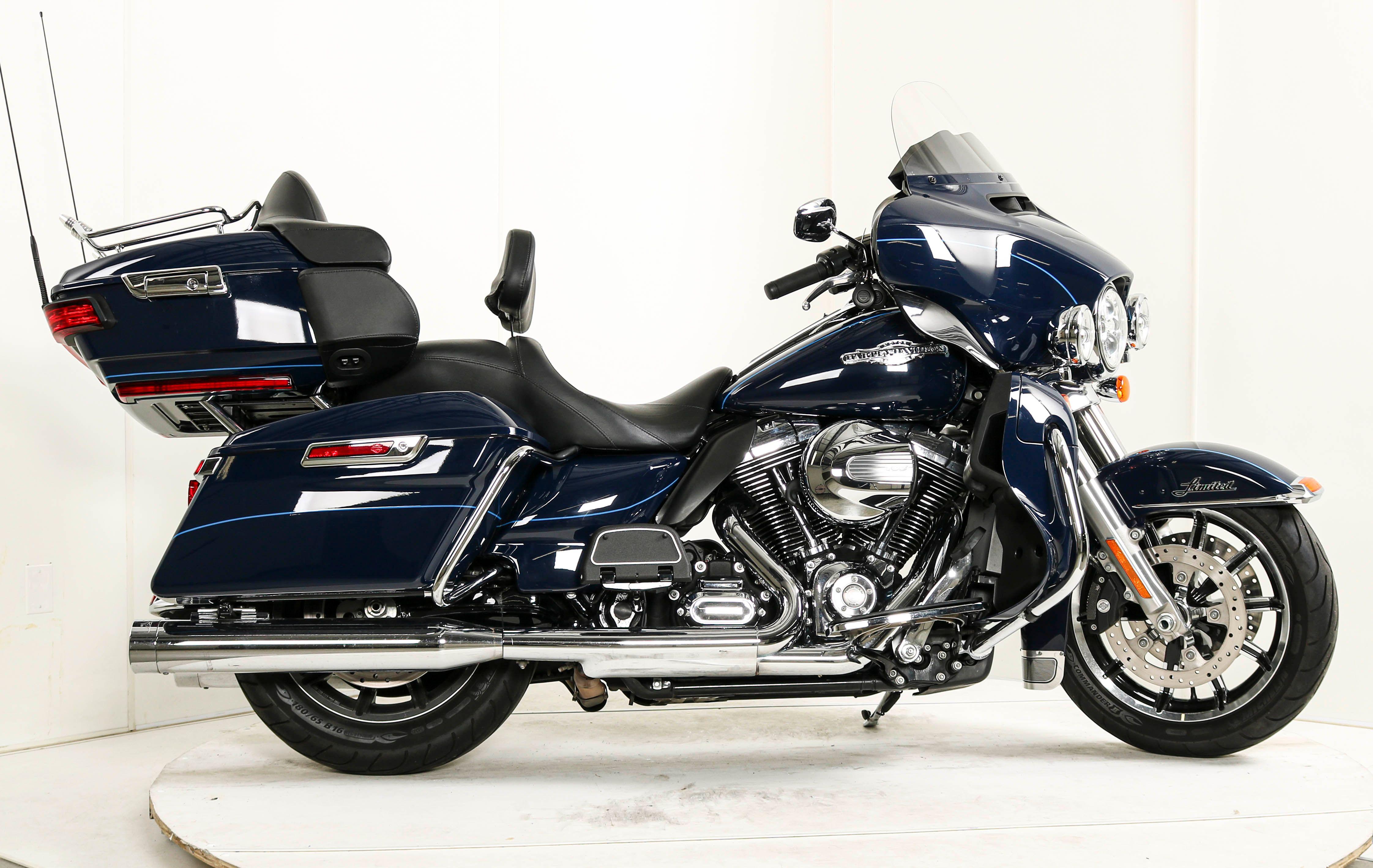 2015 Harley-Davidson Ultra Limited Shrine