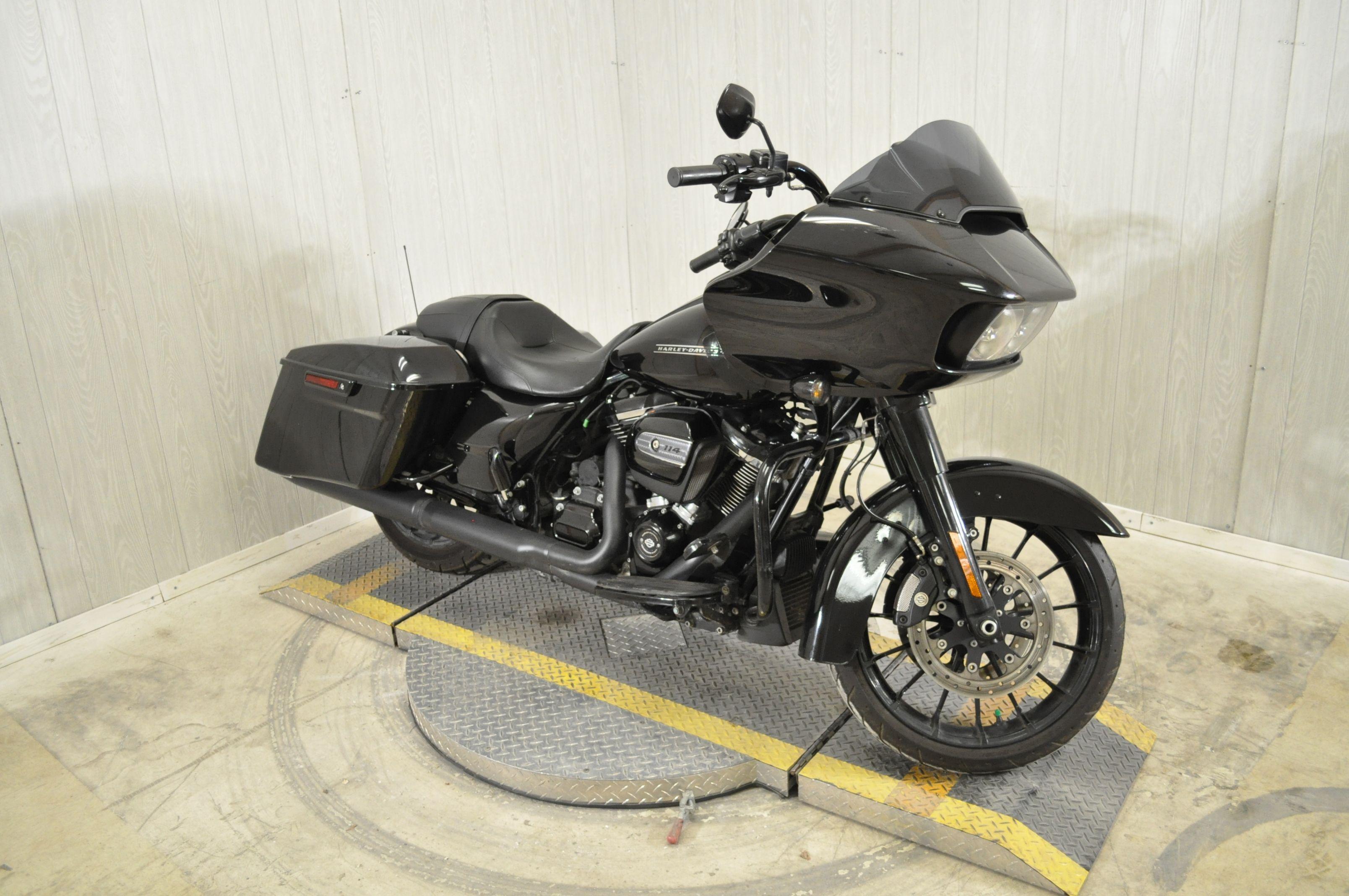 Pre-Owned 2019 Harley-Davidson Road Glide Special FLTRXS
