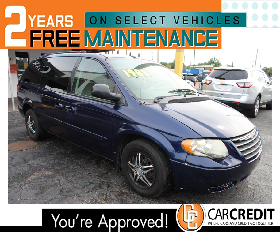 Pre-Owned 2006 Chrysler Town & Country LWB LX