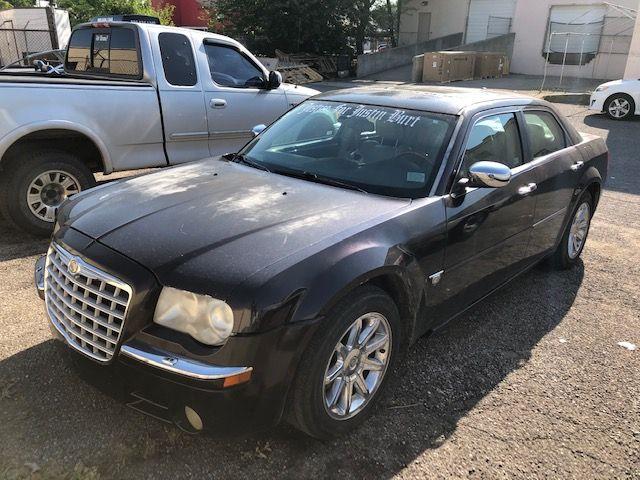 Pre-Owned 2005 Chrysler 300C