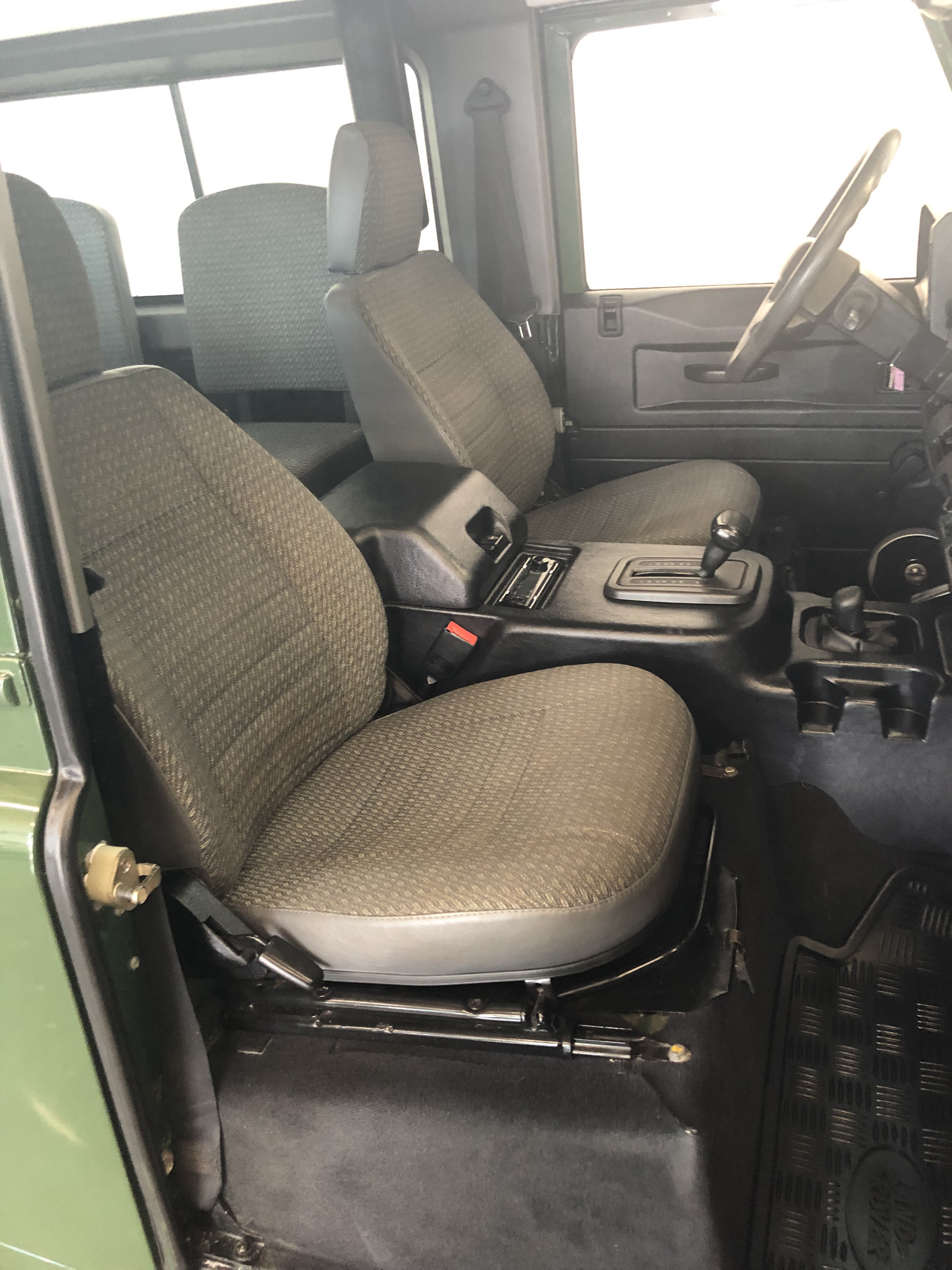 Tremendous Pre Owned 1997 Land Rover Defender 90 4Wd Special Purpose Vehicles Short Links Chair Design For Home Short Linksinfo