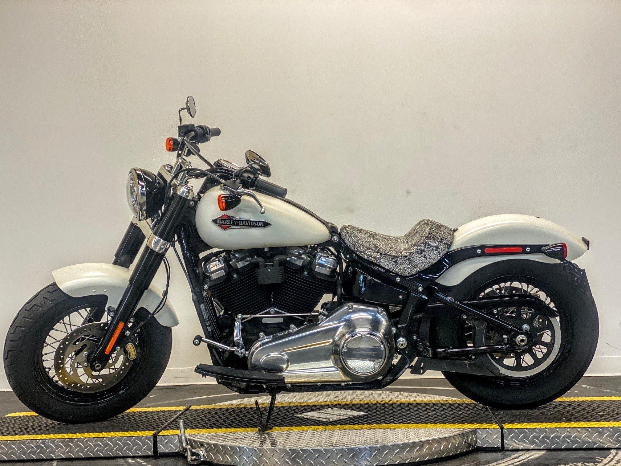 Pre-Owned 2019 Harley-Davidson Slim FLSL