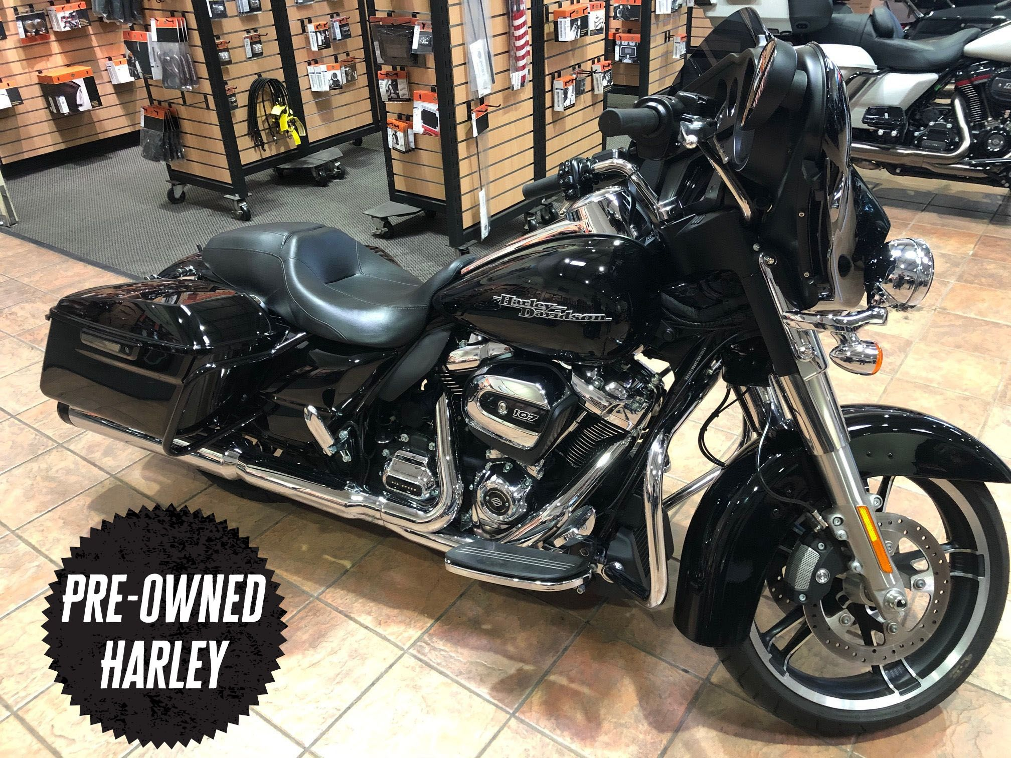 Pre-Owned 2019 Harley-Davidson Touring Street Glide FLHX