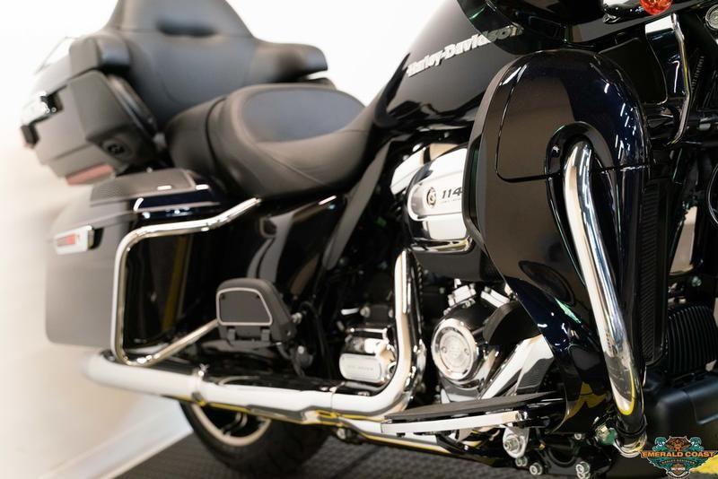 New 2020 Harley-Davidson Road Glide Limited FLTRK