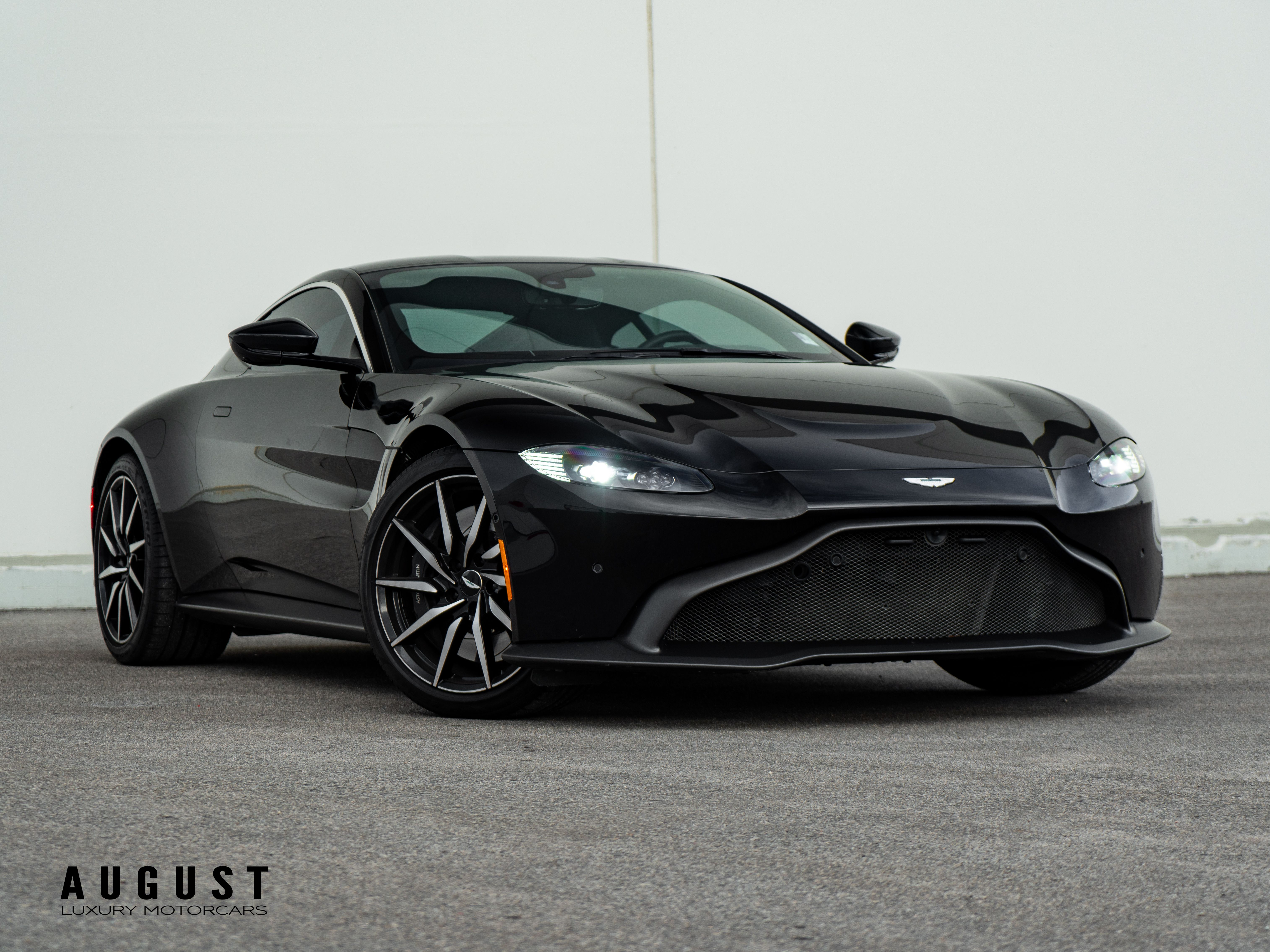 Pre Owned 2019 Aston Martin Vantage In Kelowna Bc Canada Smtl 1027 August Luxury Motorcars