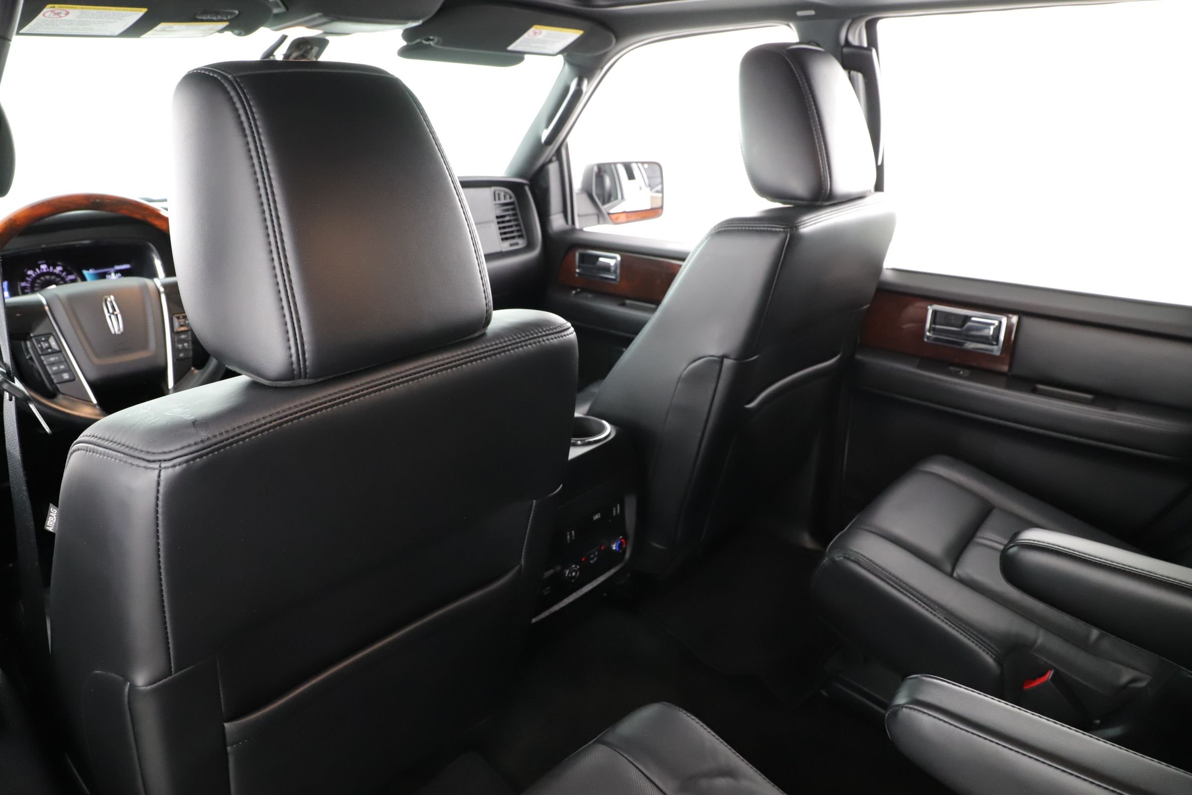 Pre-Owned 2016 Lincoln Navigator Reserve