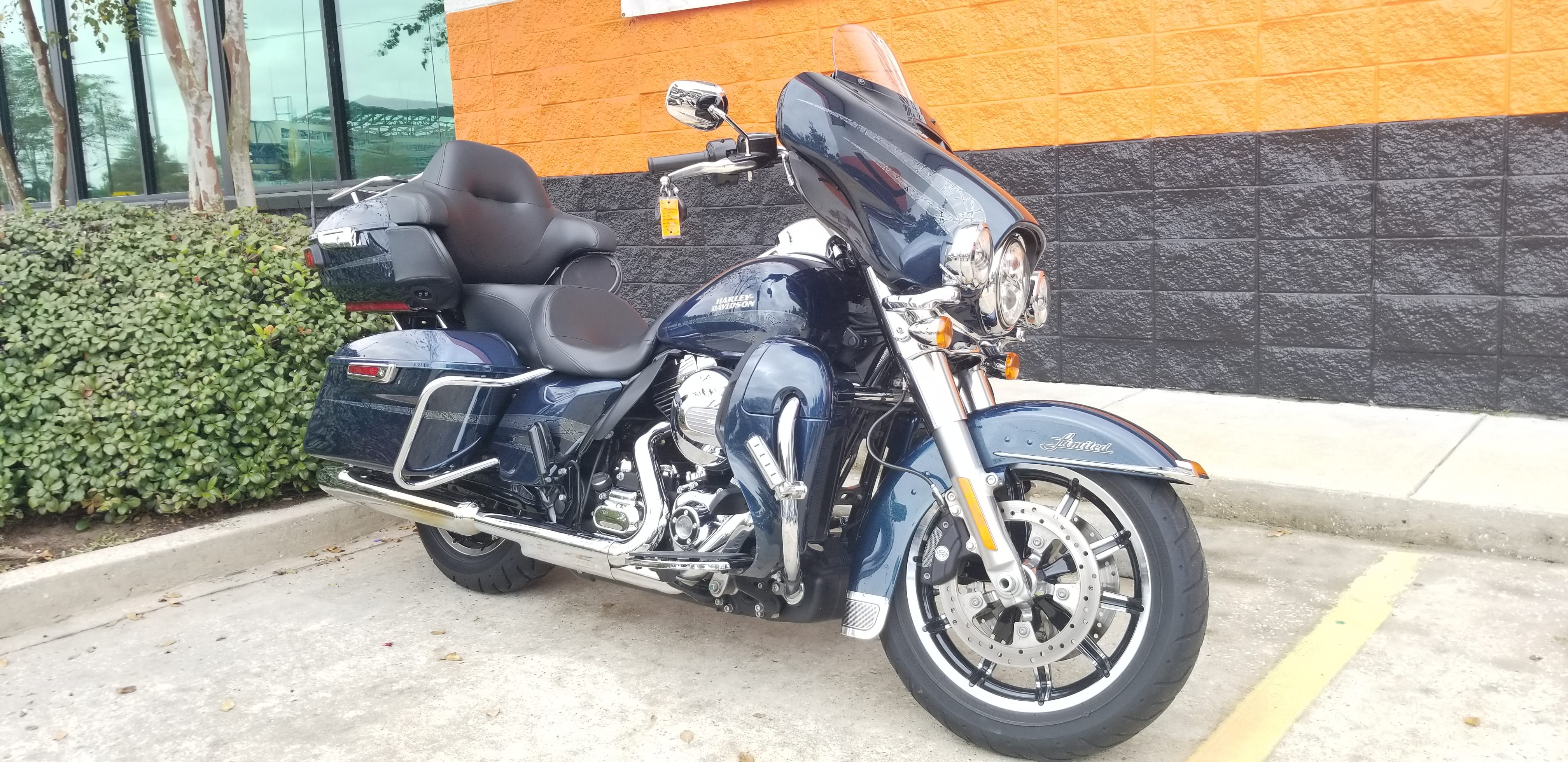Pre-Owned 2016 Harley-Davidson Ultra Limited Low FLHTKL